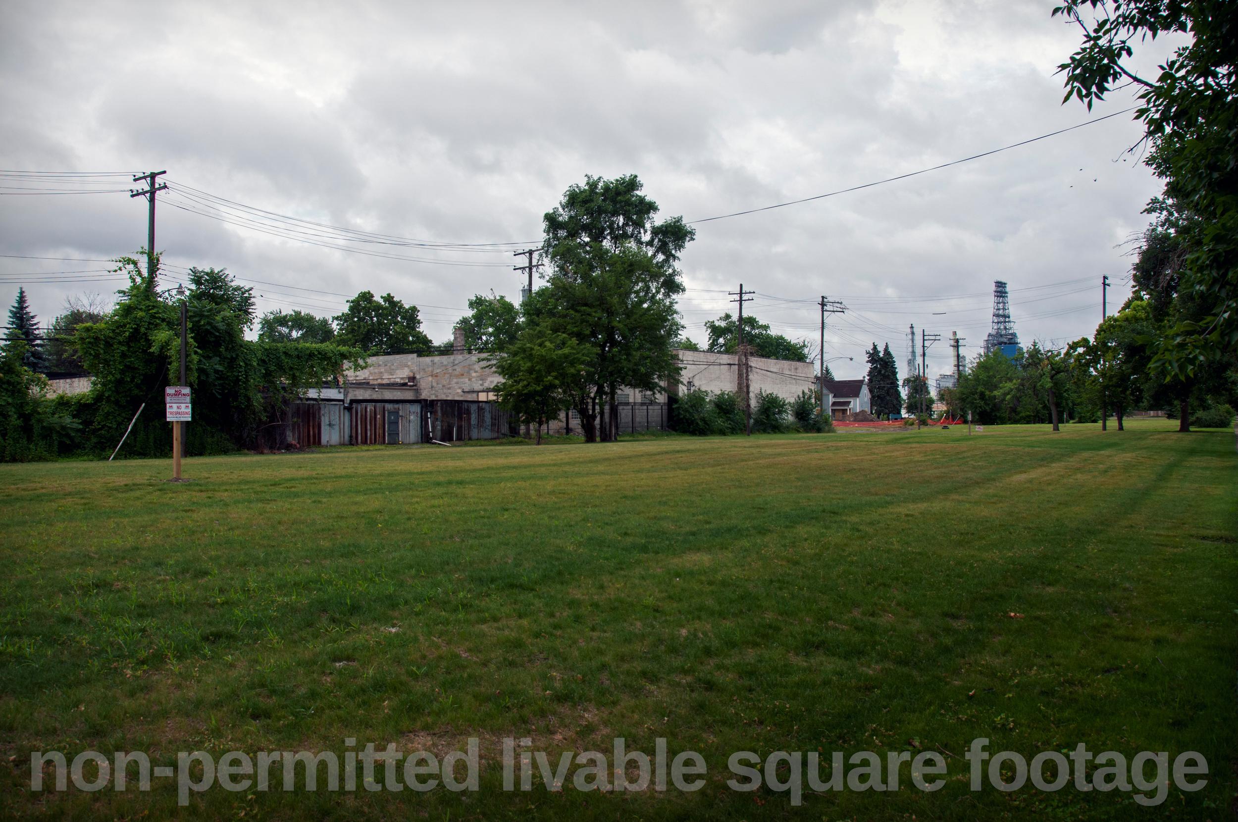 34-Empty+Field-+non+permitted+-3578946181-O.jpg