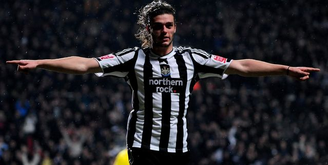 andy-carroll-number-9.jpg
