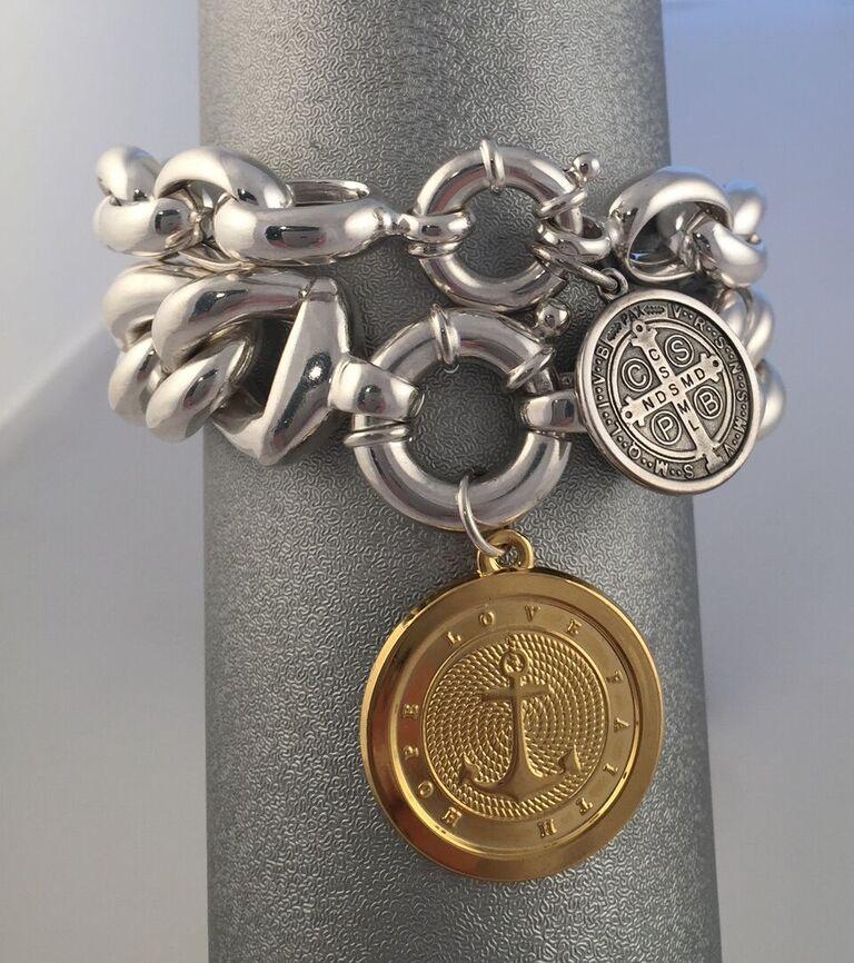 Bracelet Photo1.jpg