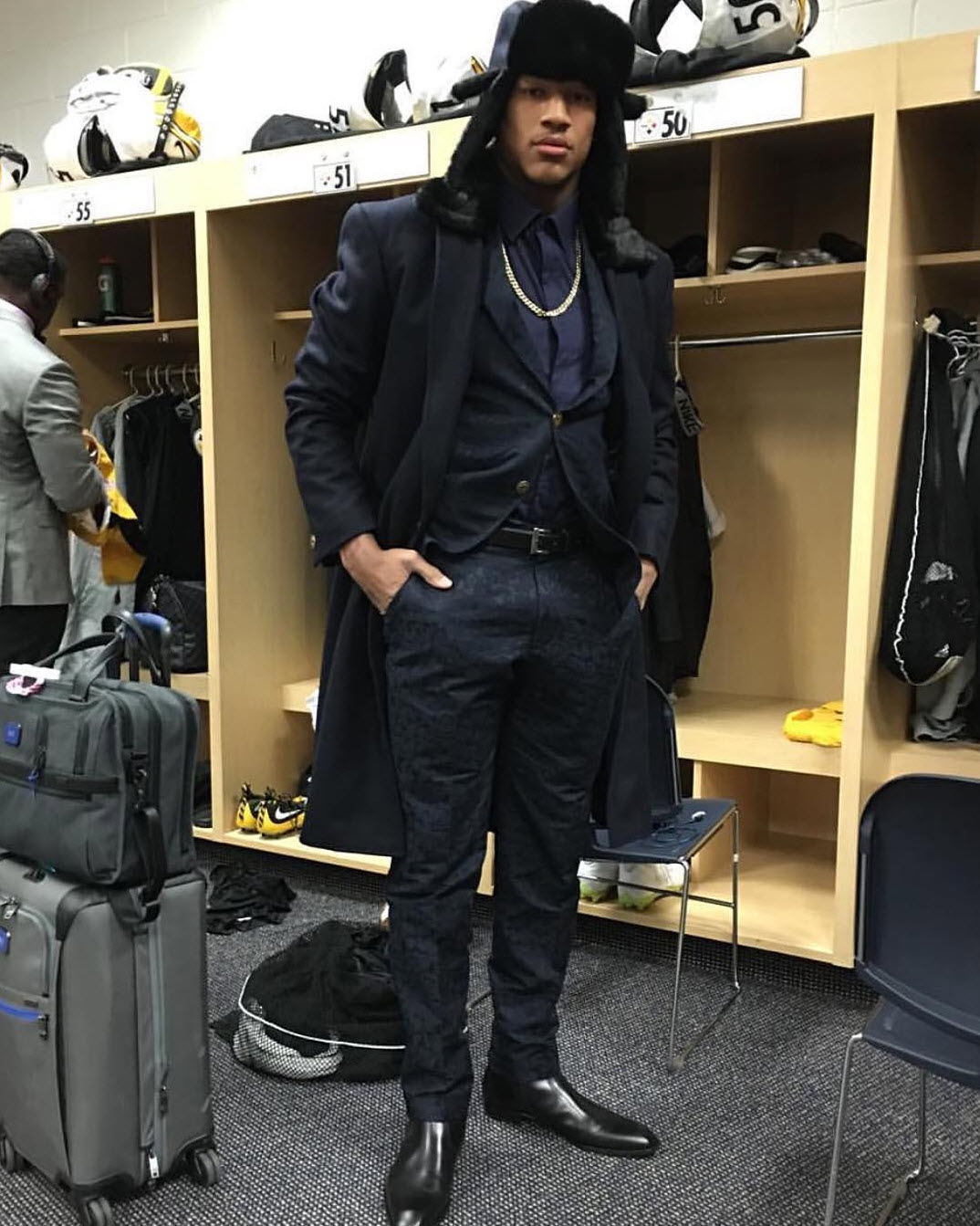 Head to toe in  #ALBAbespoke . Ryan Shazier  @shazier  custom ensemble designed by  #JhoannaAlba .