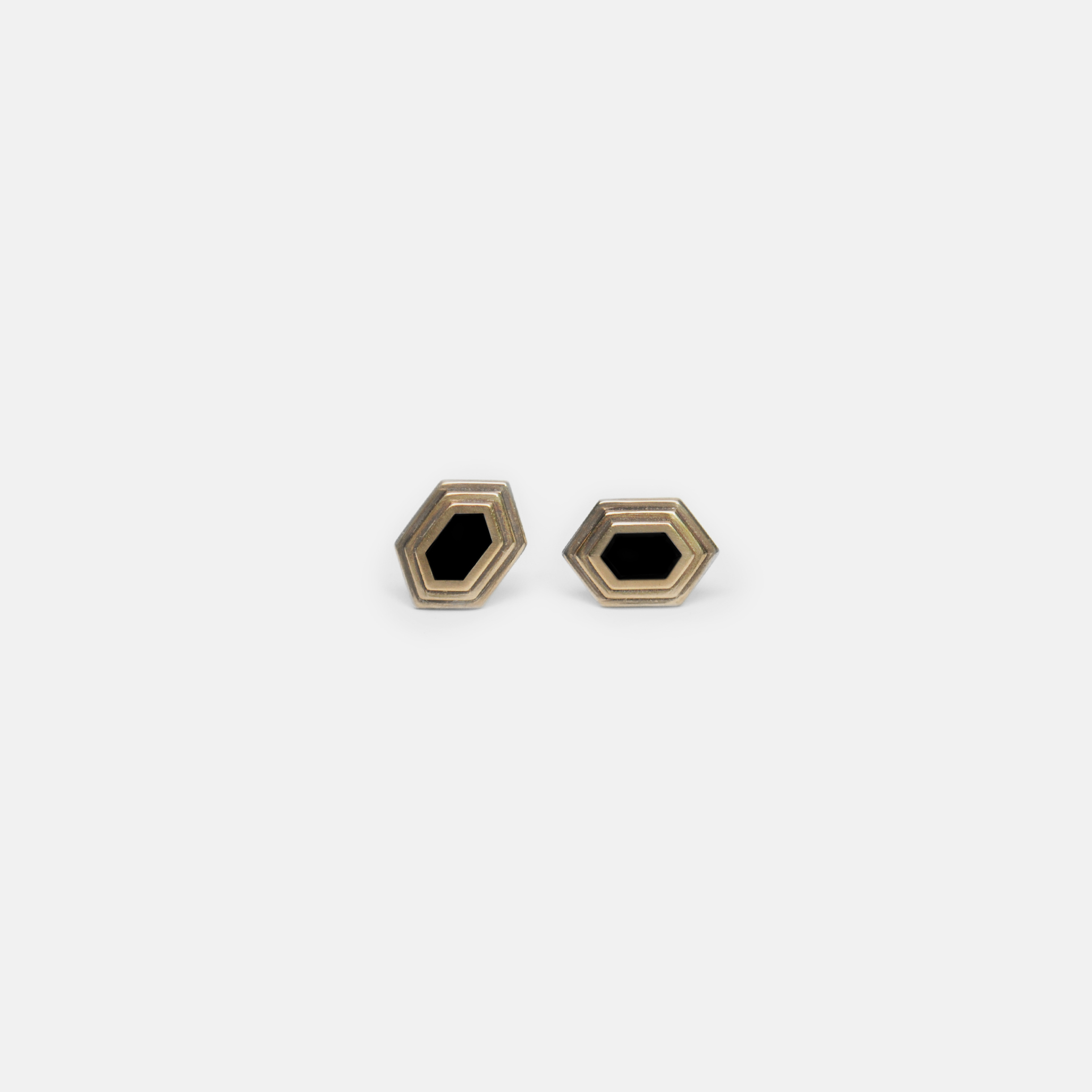 Off_White_Marisa_Lomonaco_Stepped_Stud_Earring_0003_Bronze_Black.jpg