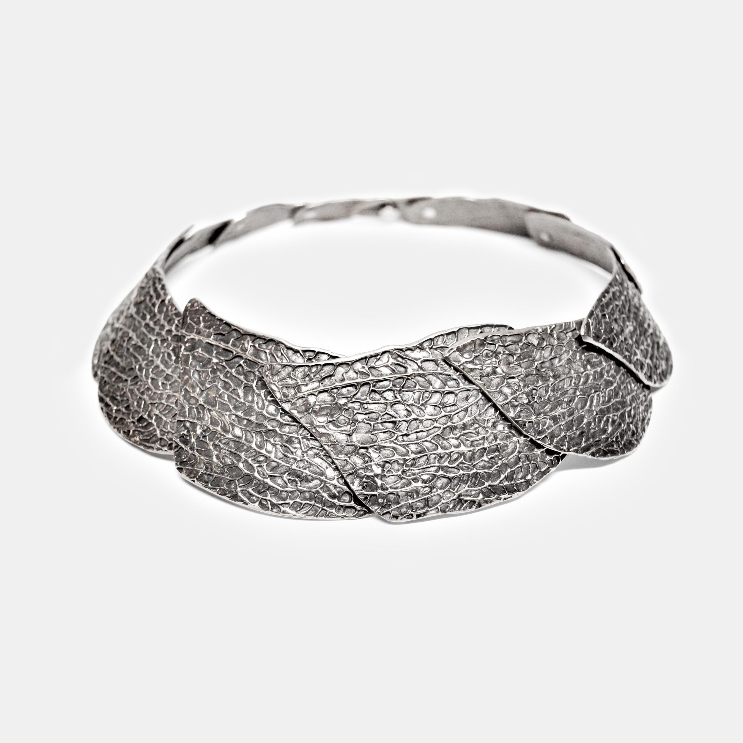 Marisa_Lomonaco_Hudson_Valley_custom_Jewelry_0002_Silver_Coral_Lace_Necklace.jpg