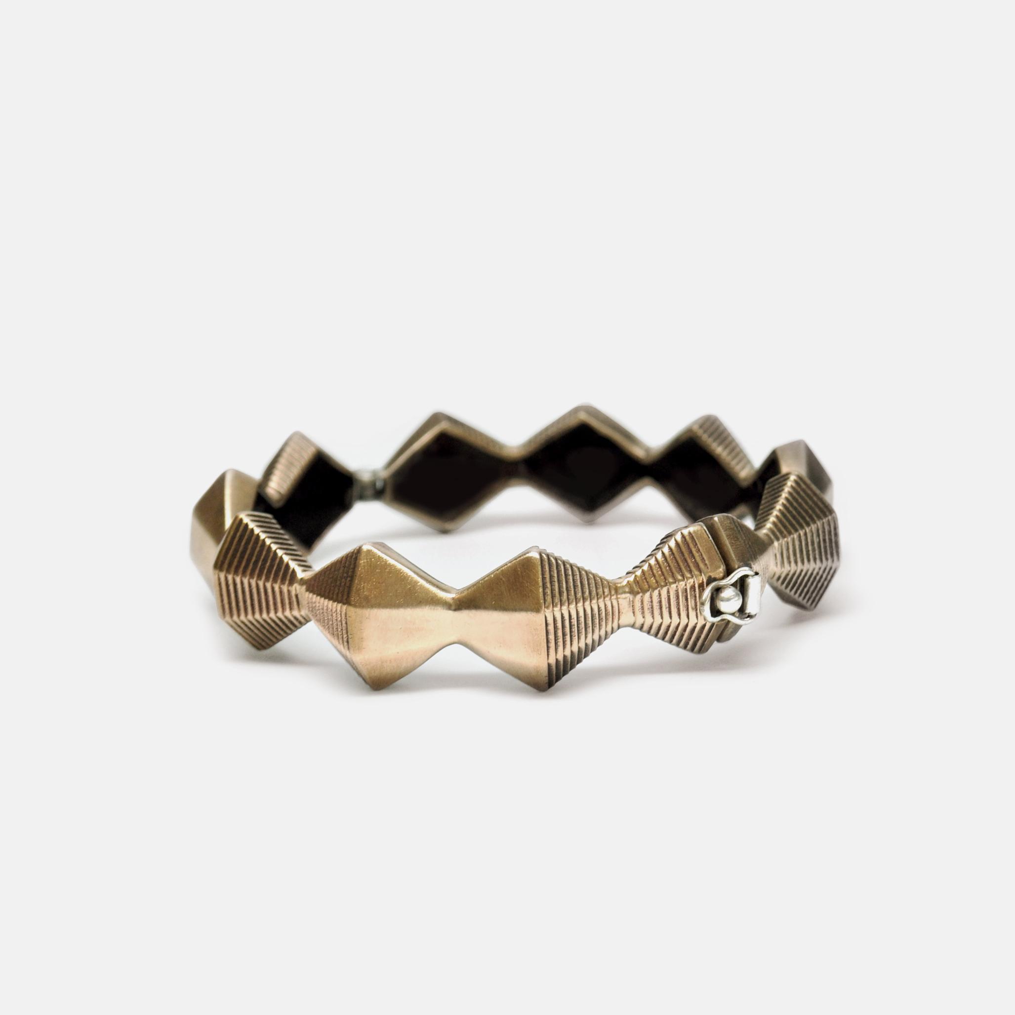 Off_White_Marisa_Lomonaco_Minor_Endless_Column_Bracelet_0001_Bronze.jpg