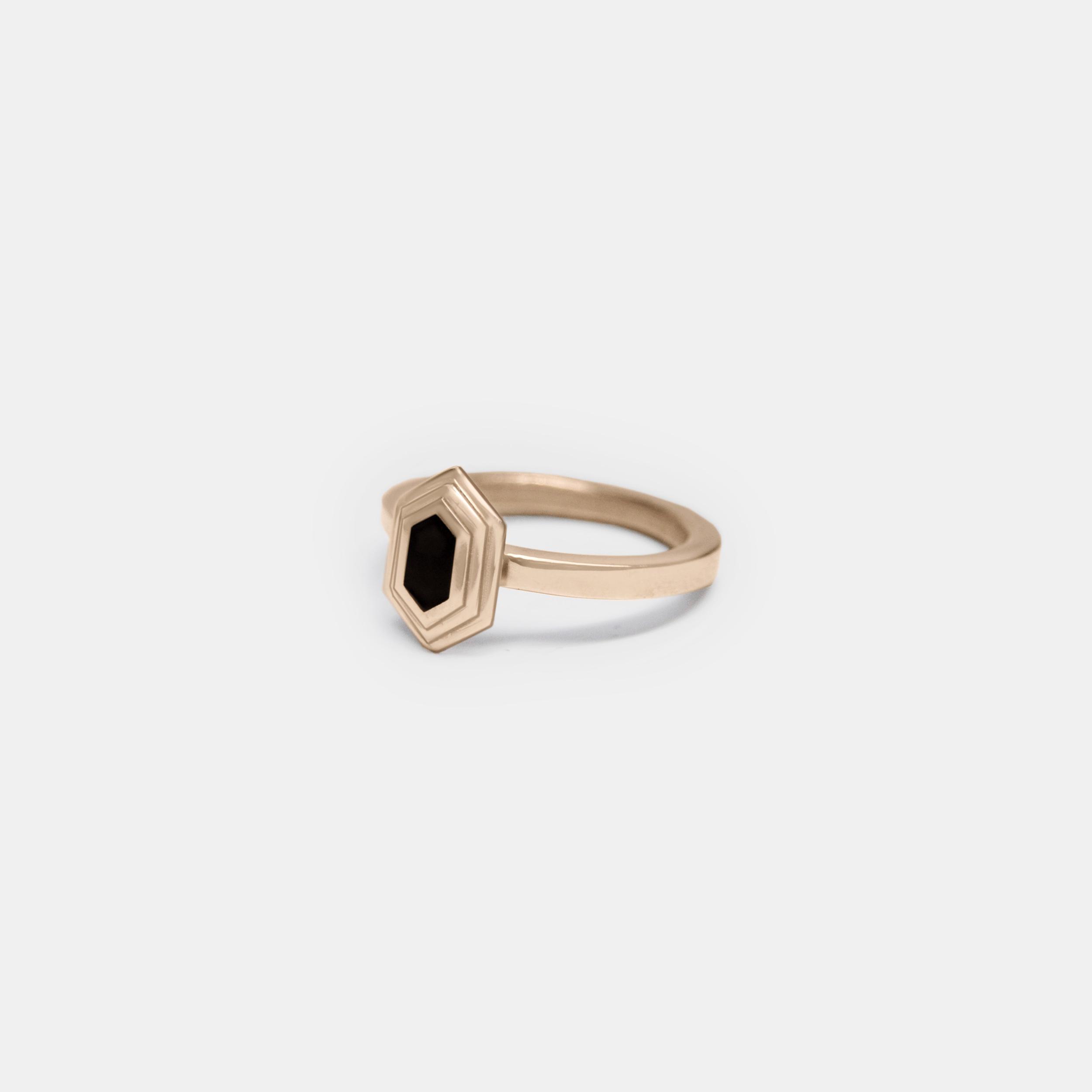 Marisa-Lomonaco-Custom-Jewelry-Hudson-Valley_0003_Axis-Ring-Bronze-Black.jpg