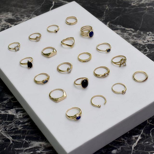 New pieces in 14k yellow gold ✨ . . #customjewelry #customweddingring #hudsonvalleymade #hudsonvalleyweddings #catskillswedding #beaconny #modernjewelry #minimalism #minimalistwedding #14k #ringoftheday #truenorth #engagementring #engagement #modernweddings