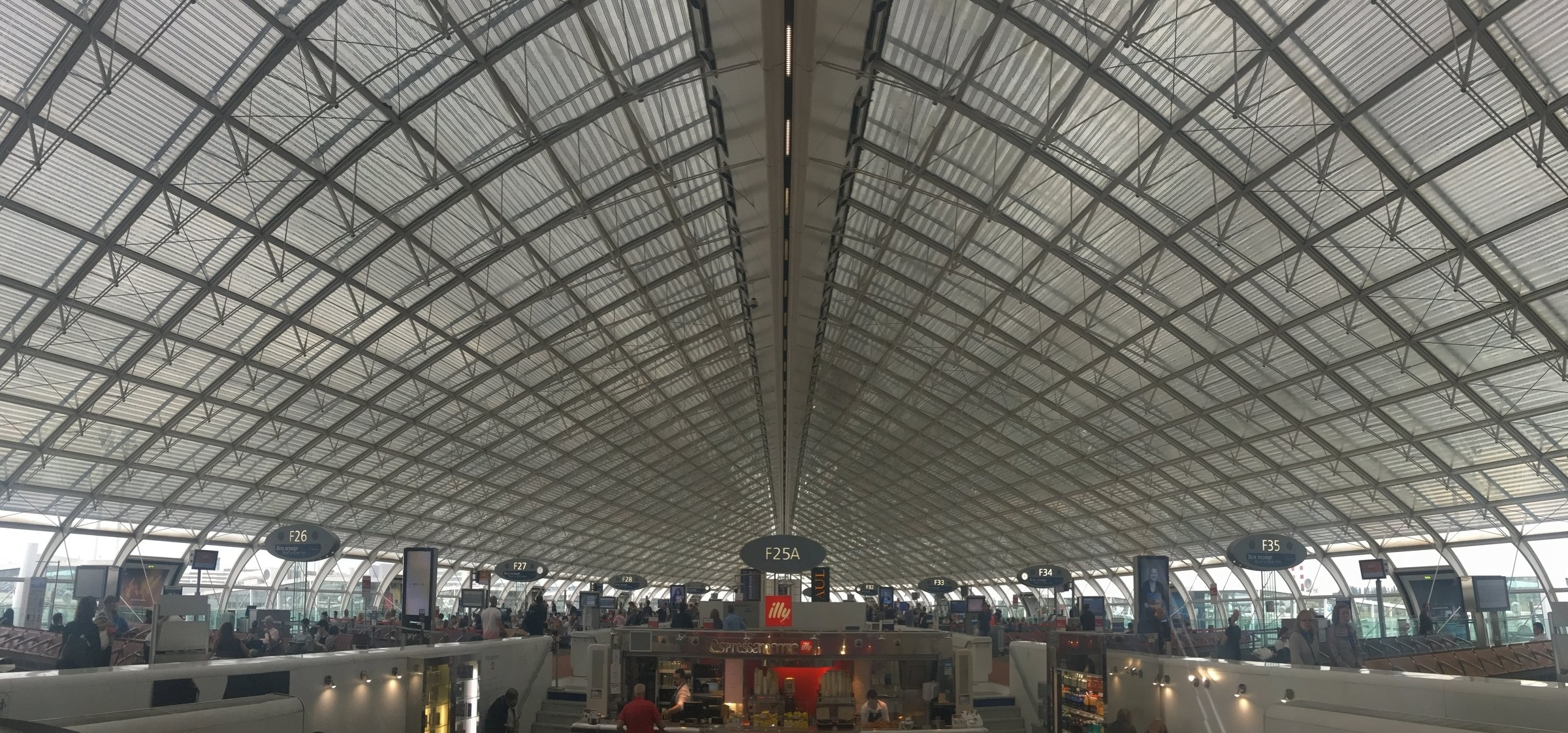 charles-de-gaulle-airport-travel-blog