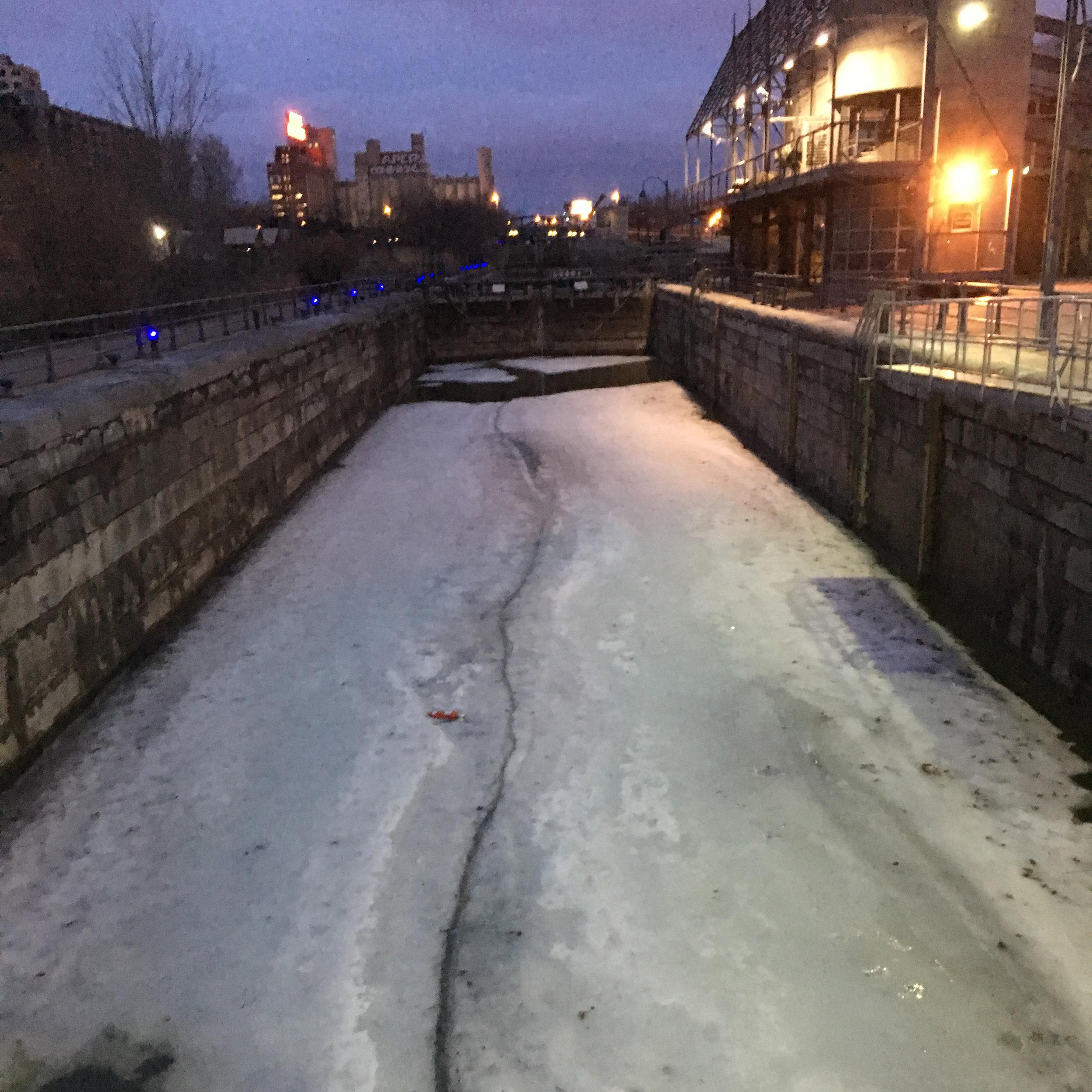 Walk Canal.jpg