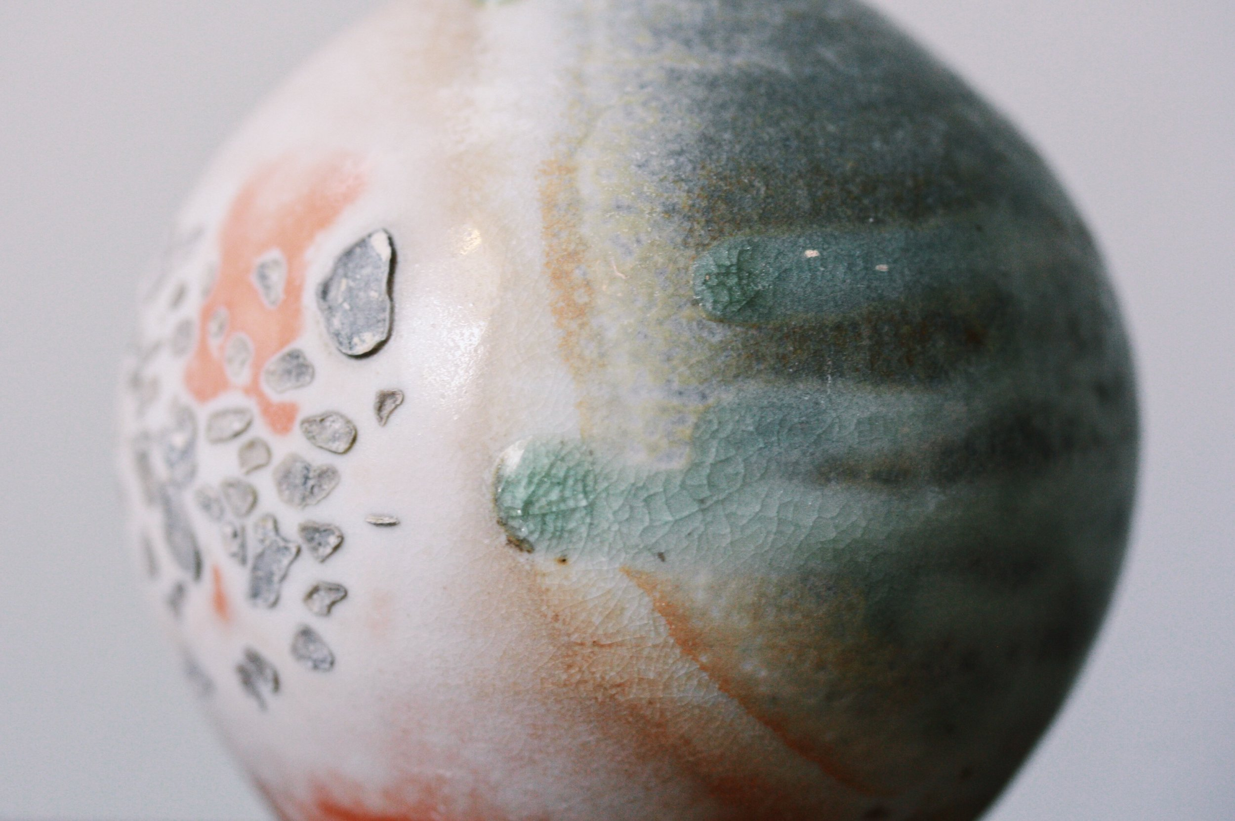 Woodfired porcelain vase with ash drips - Emma Smith