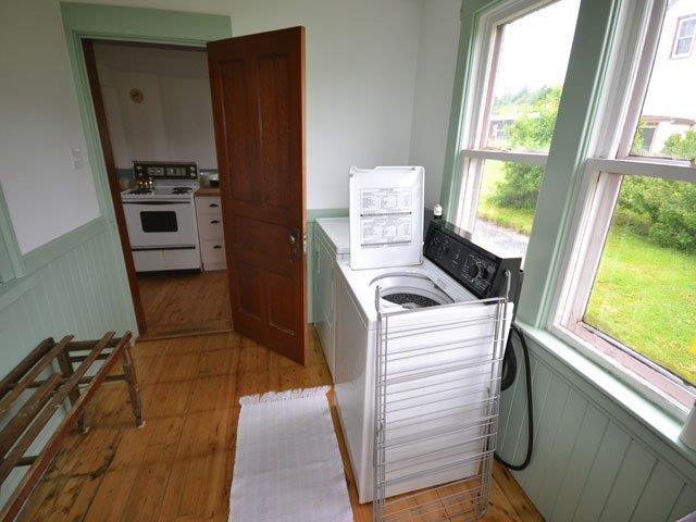 640-Laundry Room.jpg