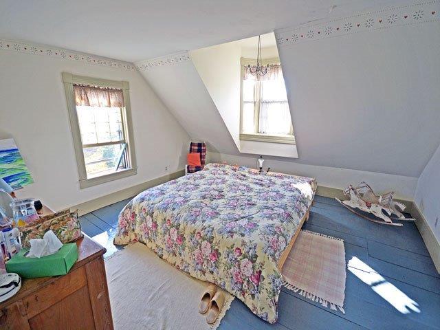 640 master bedroom.jpg
