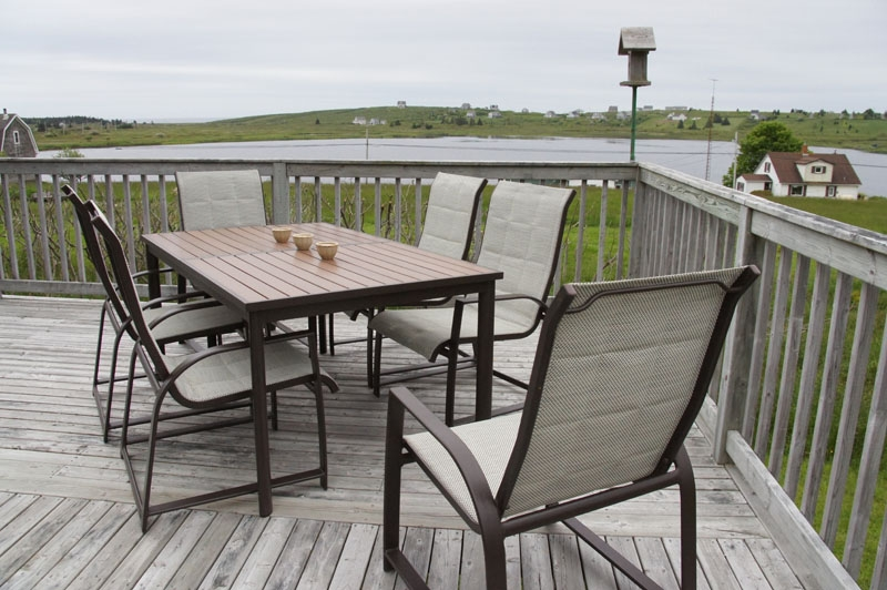 Outdoor dining room.jpg