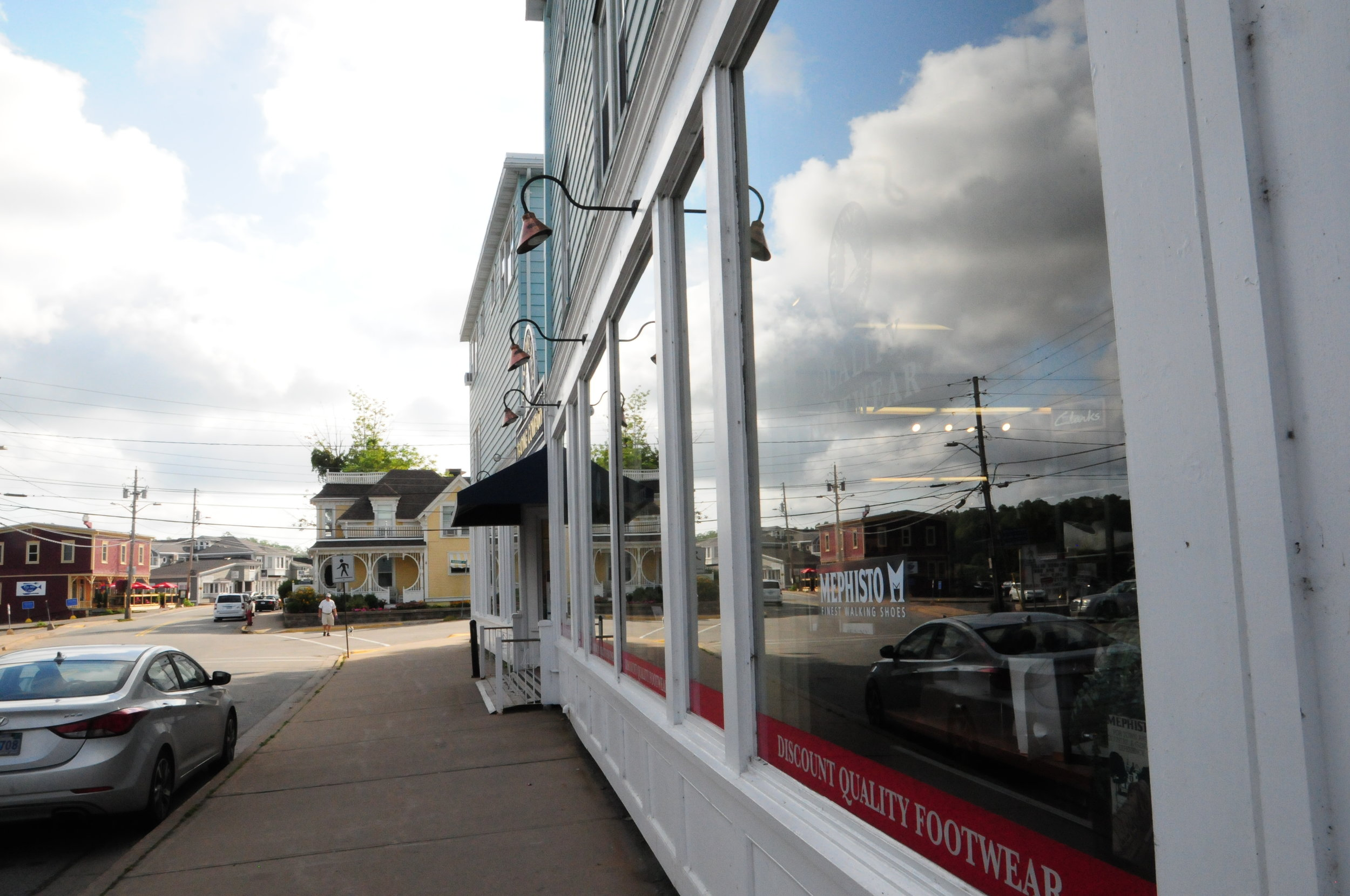 544 Main Street, mahone Bay, storefront and streetscape.JPG