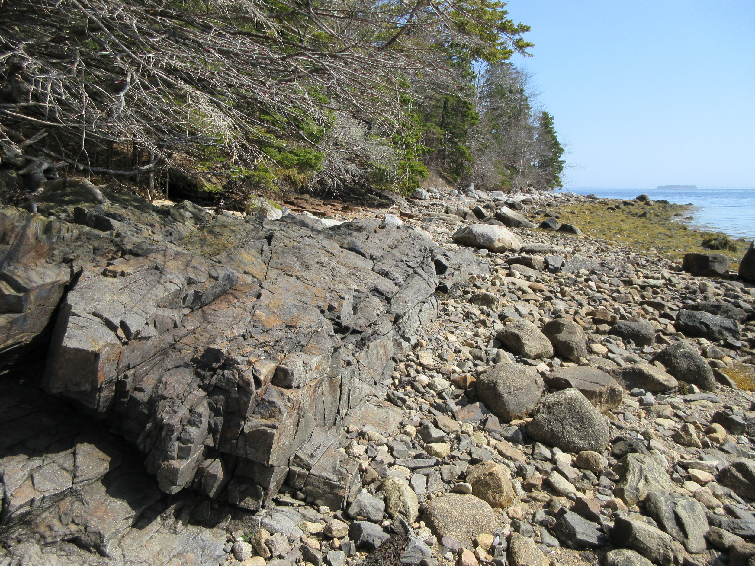 *Lot 1, Rock formations looking South 2.JPG