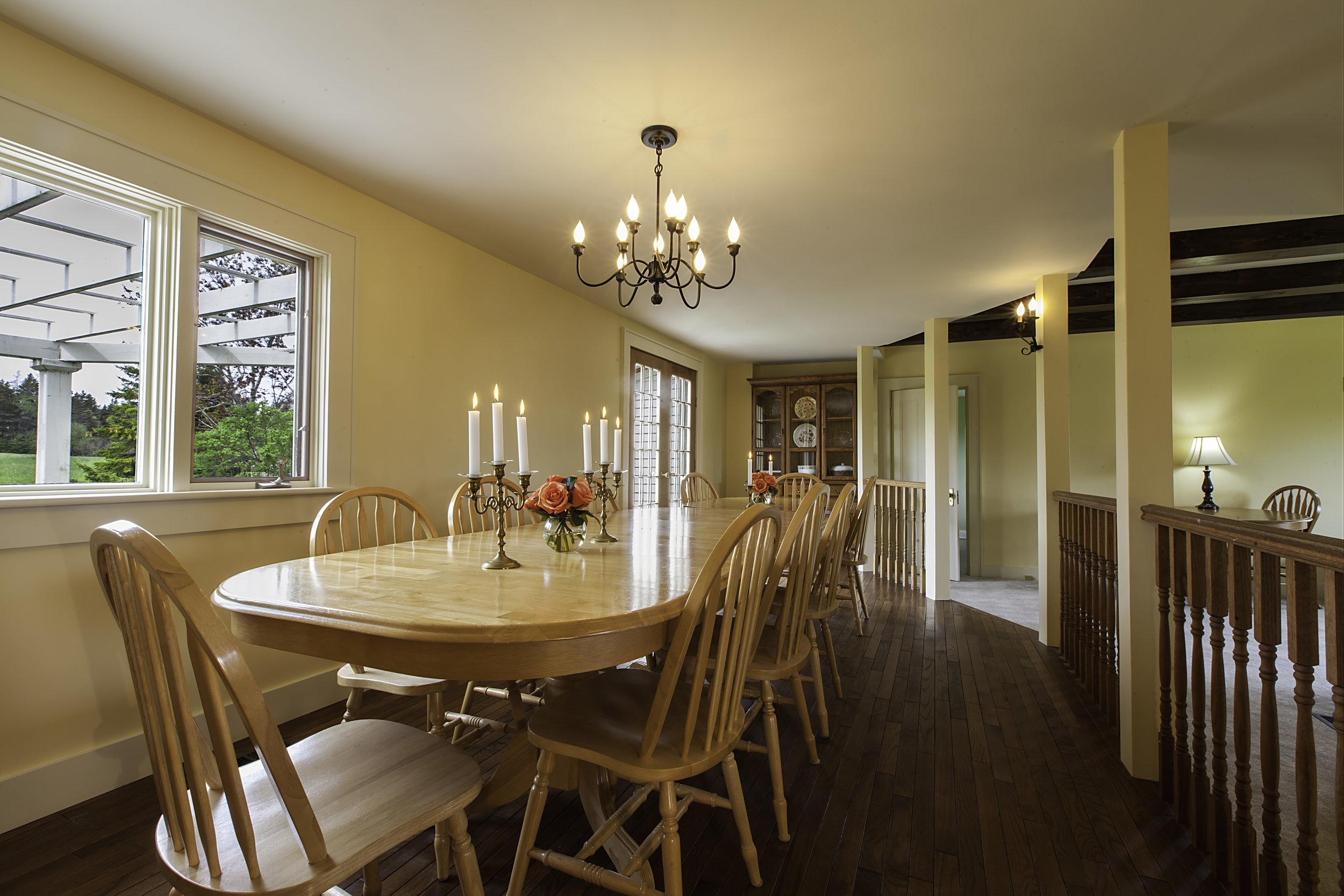 IMG_5248-Dining_Room-1.jpg