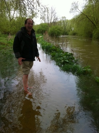 On our way to warm up at The Trout, a cozy pub near Oxford, on a typically raw day. This part of the path was flooded, so my friend Nick suggested we save our boots and brave the waters barefoot. Brrr!