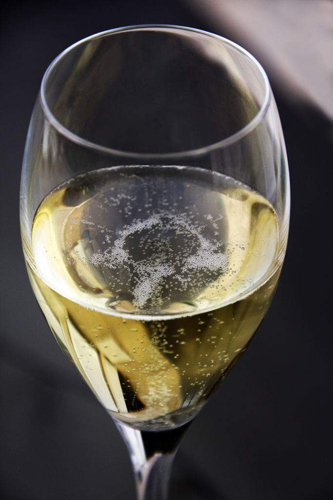 By bgvjpe - originally posted to Flickr as champagne, CC BY 2.0, https://commons.wikimedia.org/w/index.php?curid=5236631