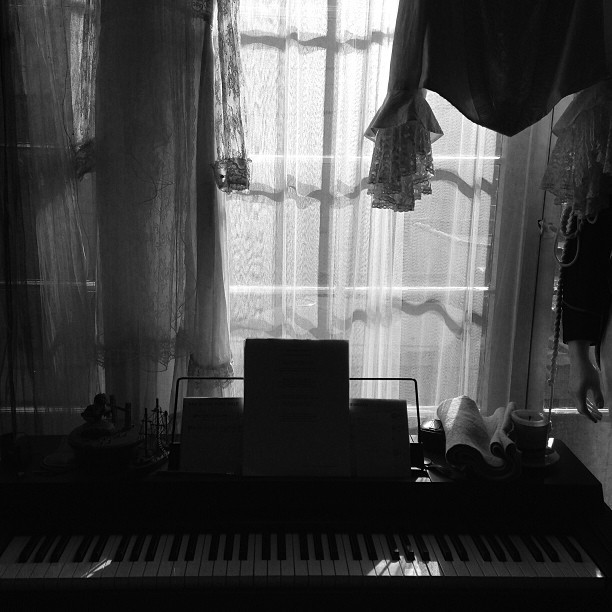 Console #Music #Mornings #Play #Light #BlackAndWhite    © 2013 Tajna Tanović. All Rights Reserved.