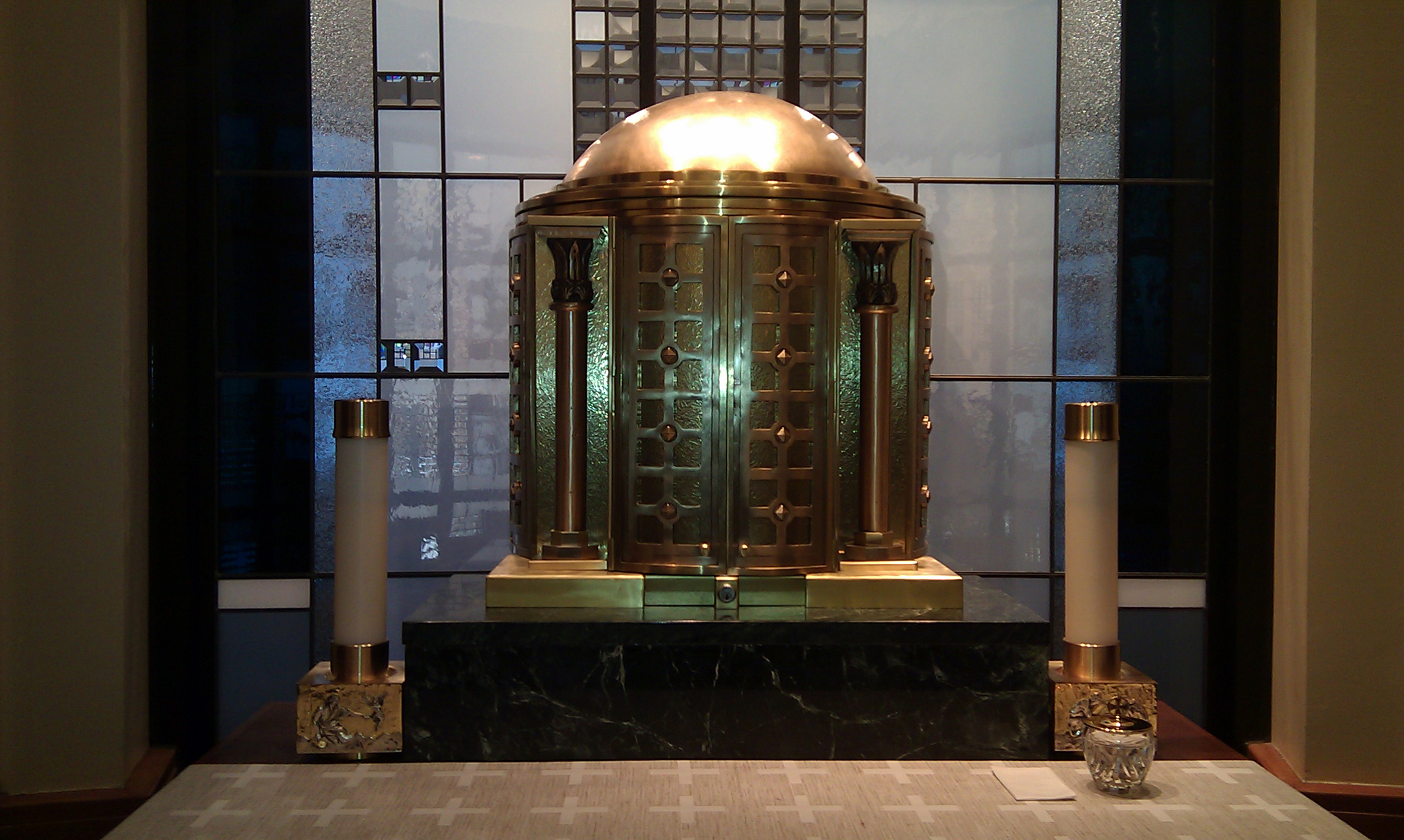 tabernacle+St+Isaac+Jogues+3-1705504132-O.jpg