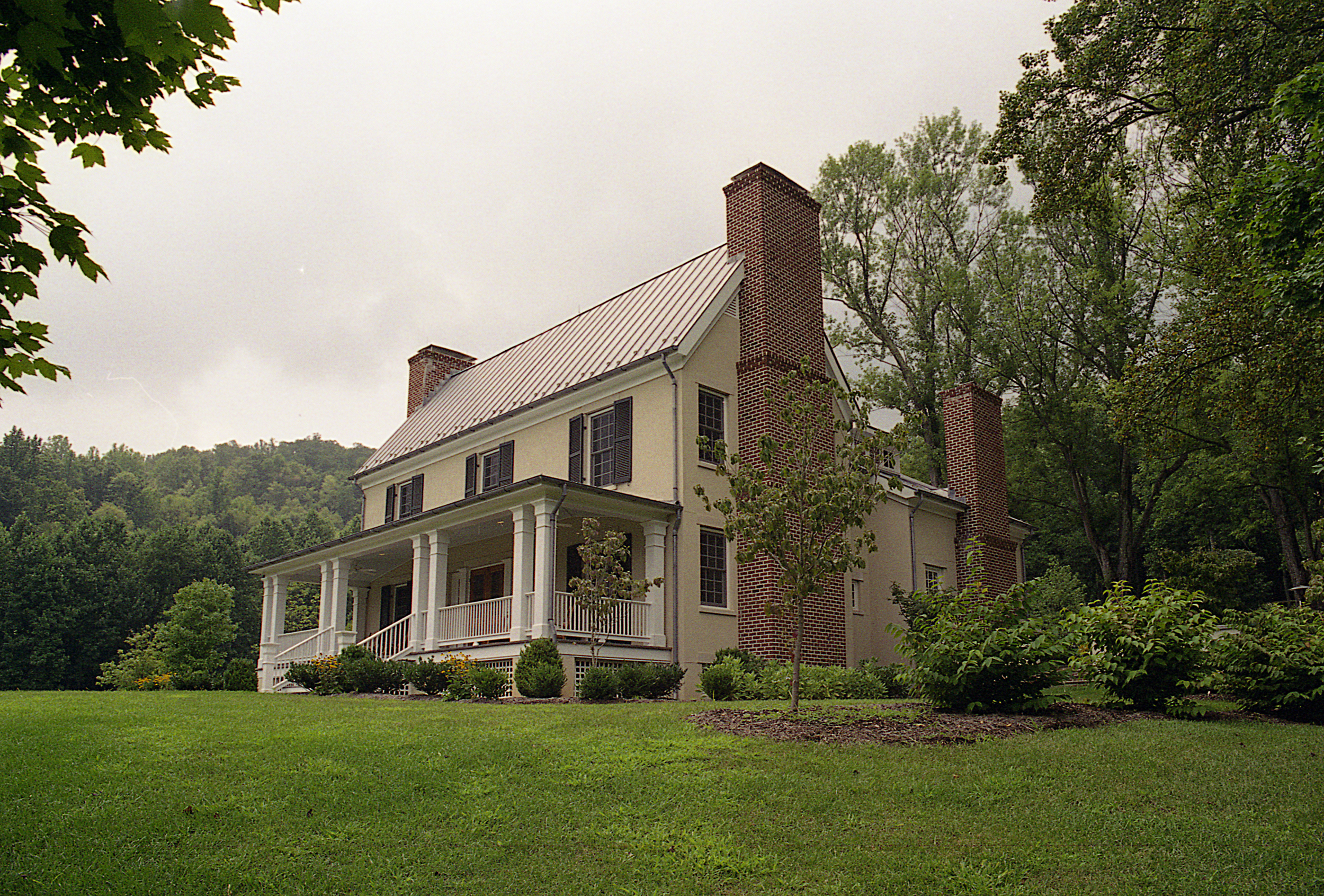 Catrock Mountain    Residence   |   Nelson County, Virginia