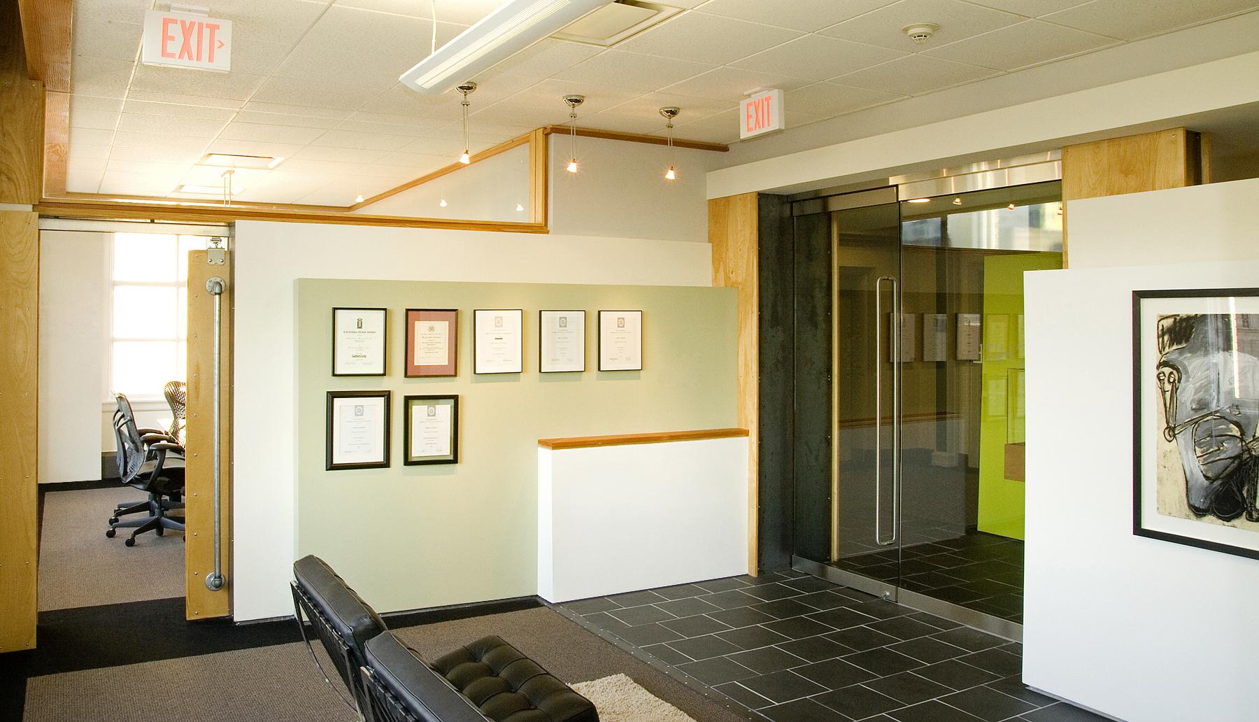 Urban Studio_waiting area.jpg