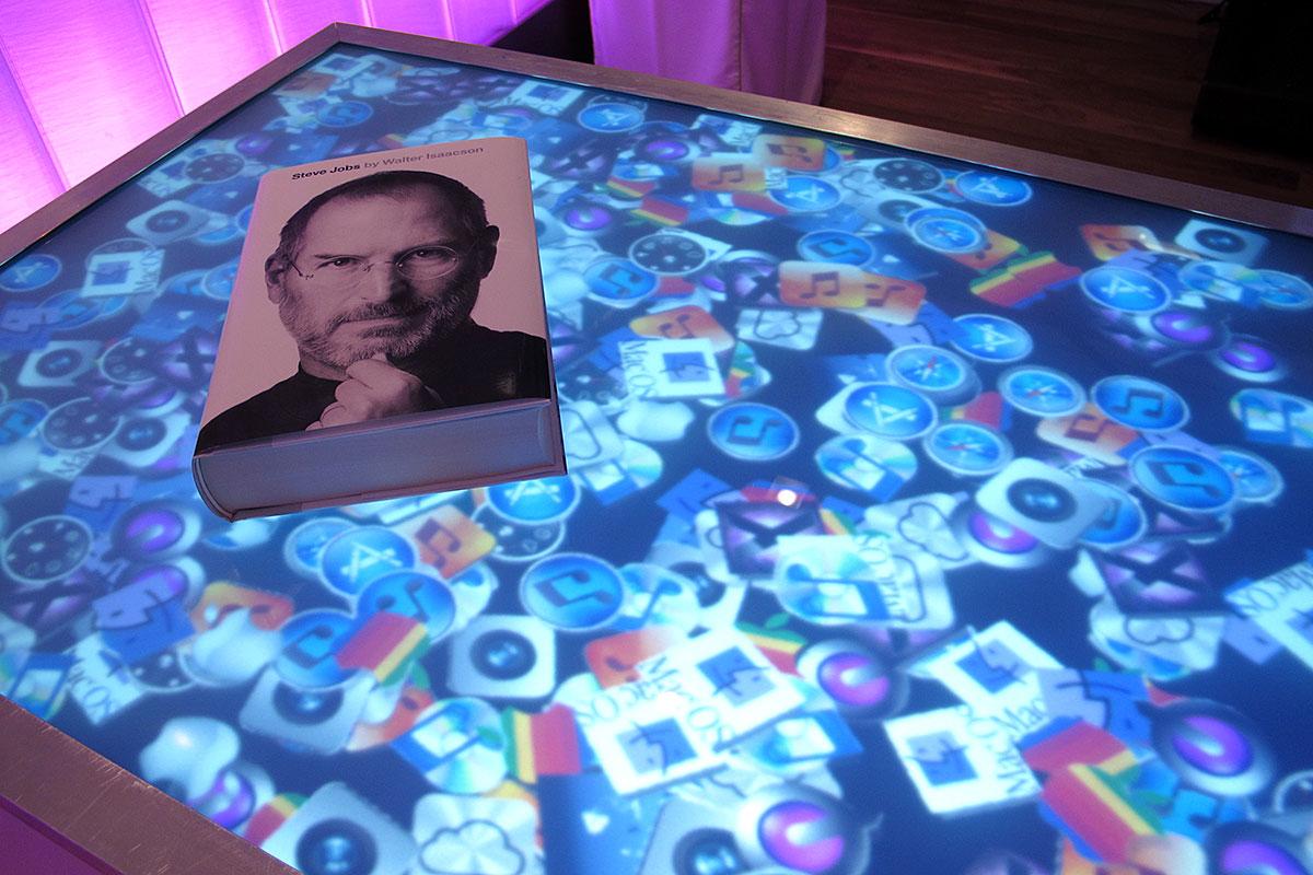 CORPORATE Steve Jobs Biography.jpg