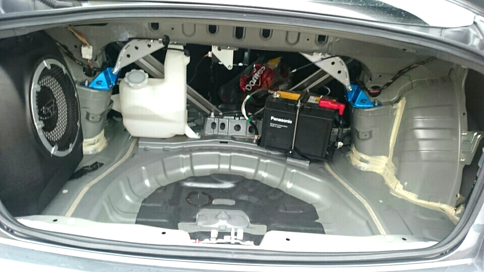 Empty trunk space, because race car!