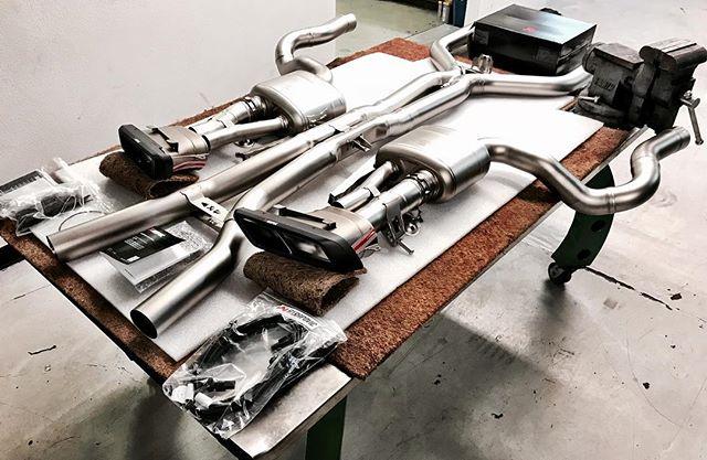 @akrapovic another full titanium exhaust #akrapovic #edencustoms