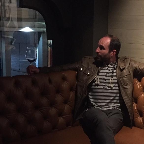 Andrés Carlos Martell - FOUNDING SOMMELIERDIRECTOR OF HAPPINESSandres@vinambassador.com