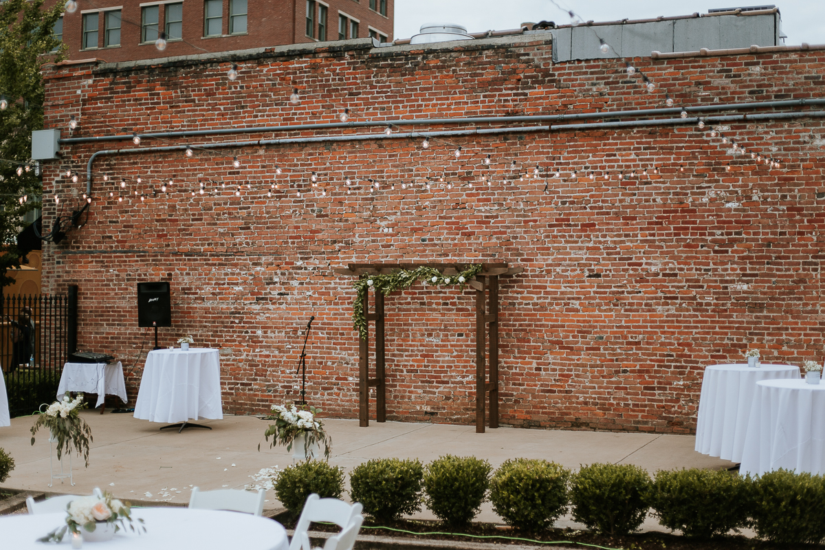 Memphis wedding photographer, memphis wedding photography, South main arts district wedding