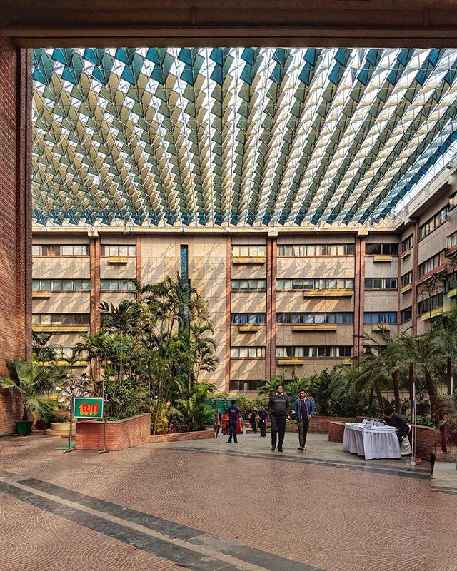 Joseph Stein's India Habitat Centre in Delhi 🌴  #josephstein #indiahabitatcentre #delhi #southasia