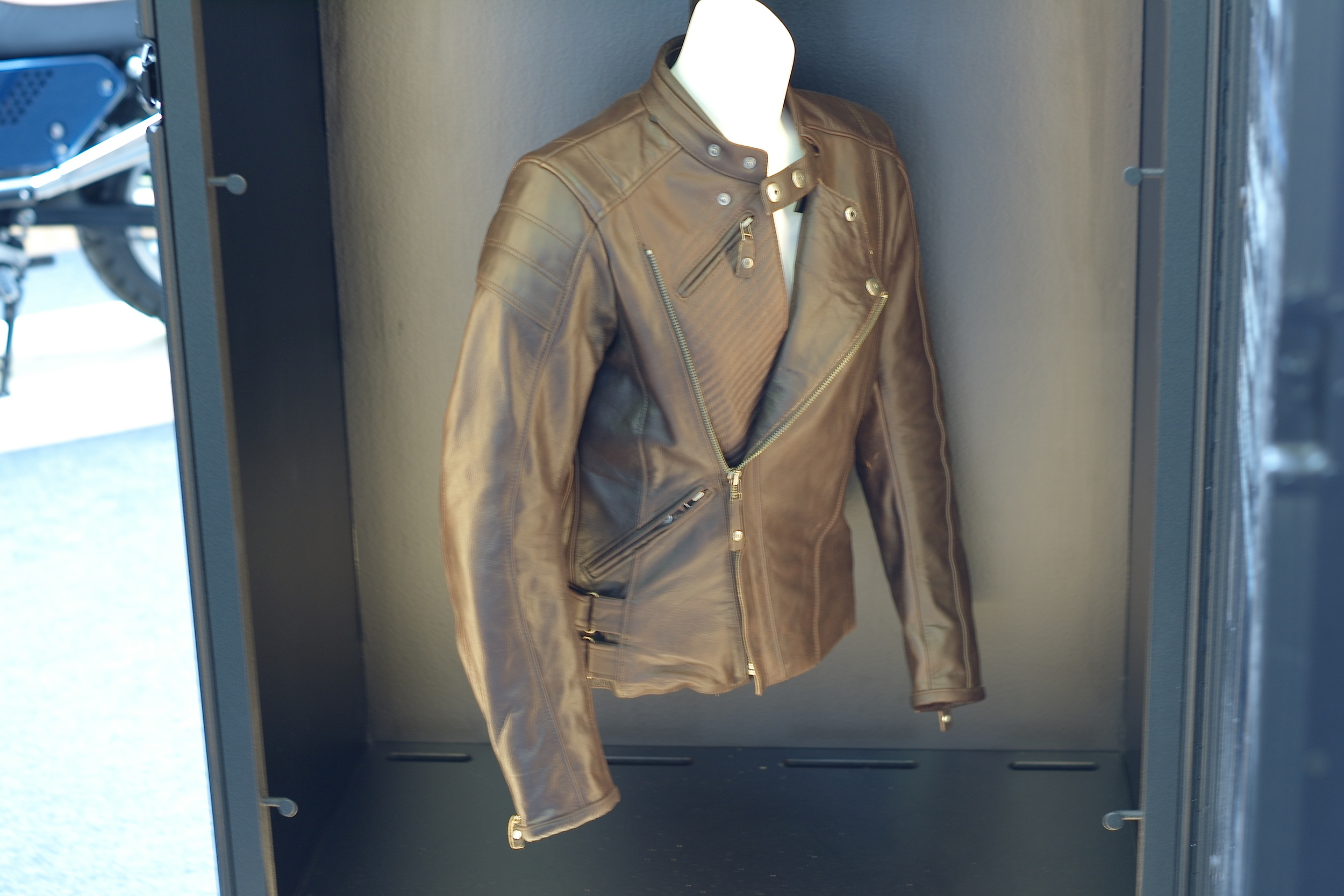 Casual snob - Rev'it Leather Jacket