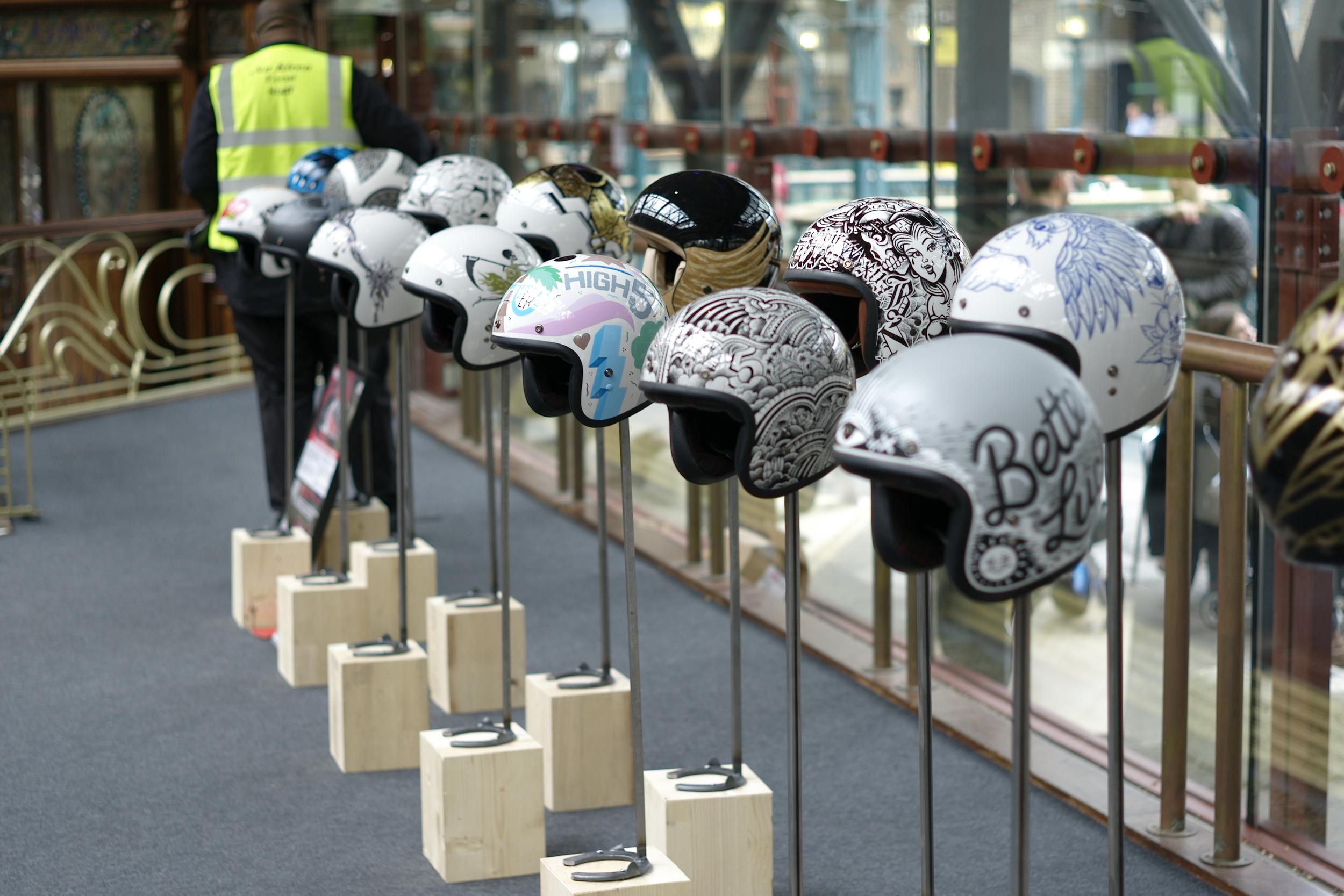 Casual snob - BELL Helmets