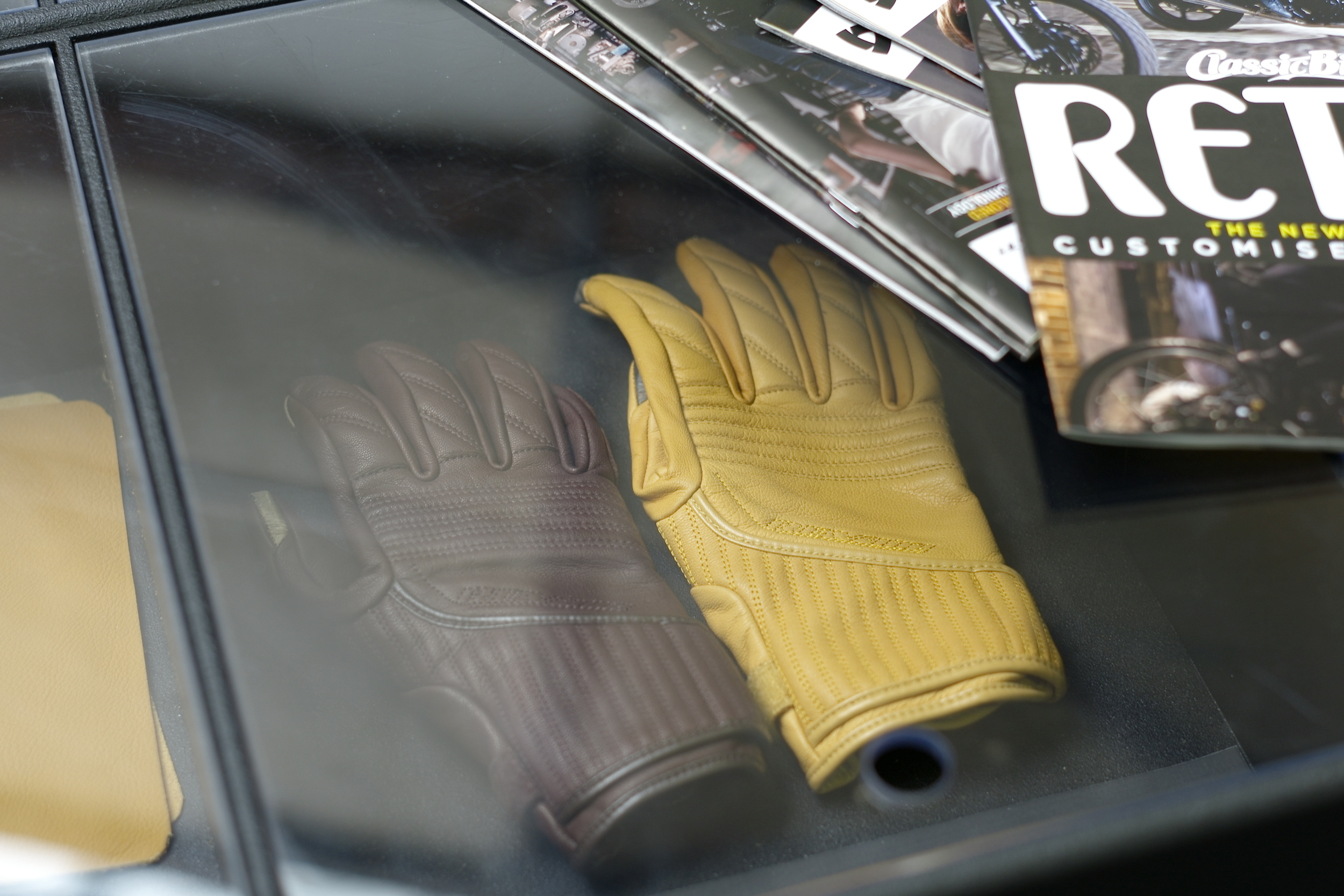 Casual snob - Rev'it Leather Gloves