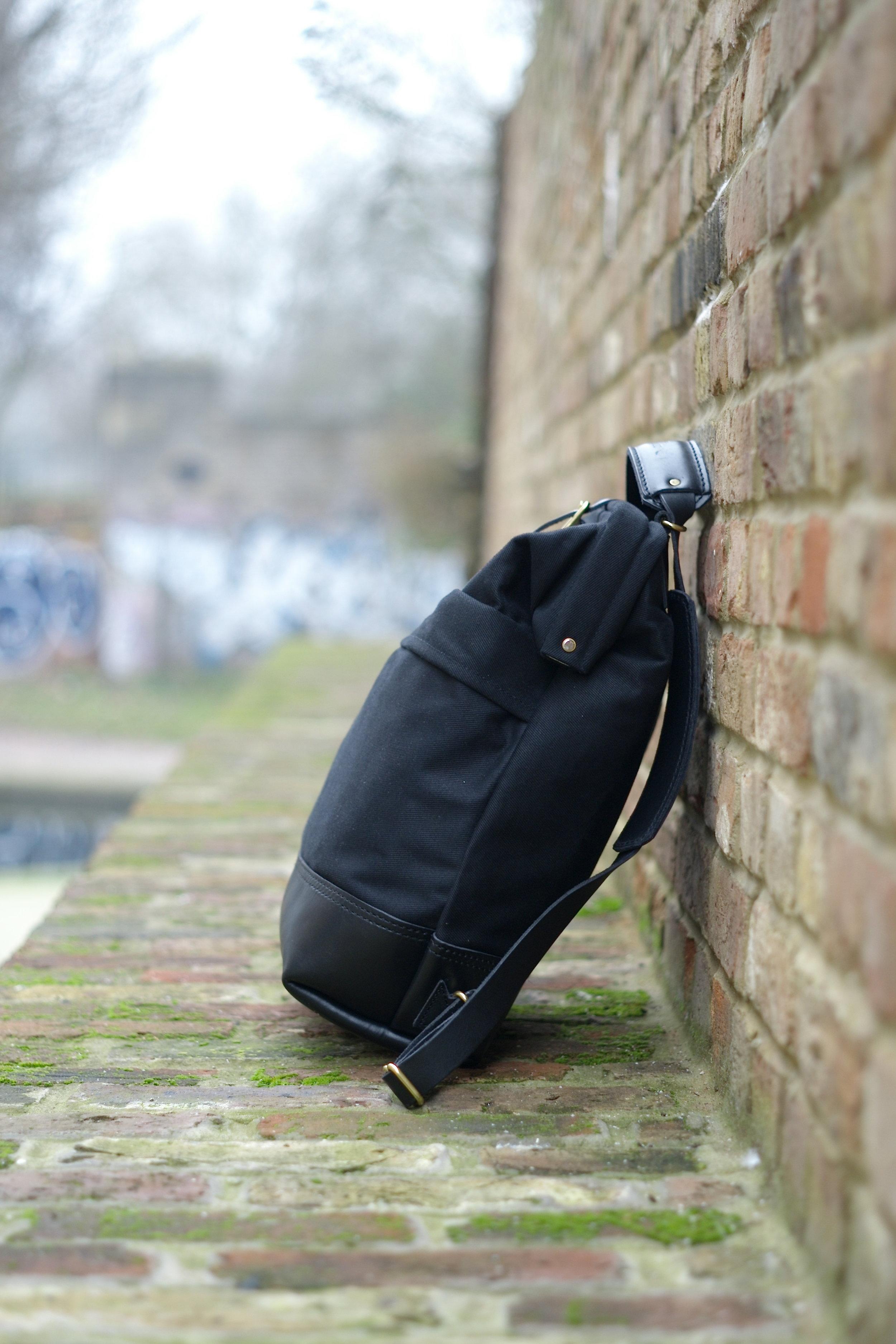 Casual snob John Hybrid Backpack 5.JPG