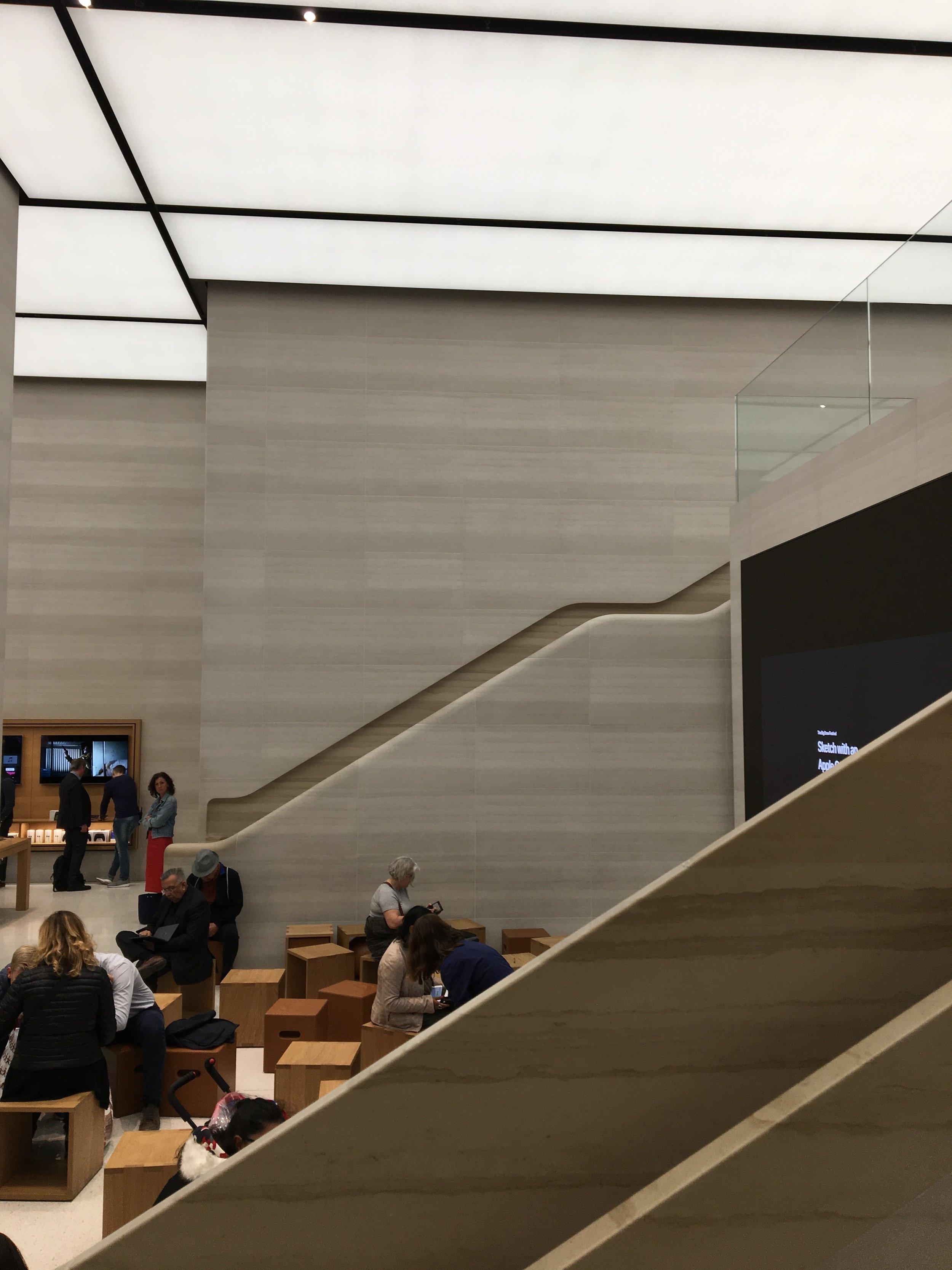 Casual snob - Apple Store London 1.JPG