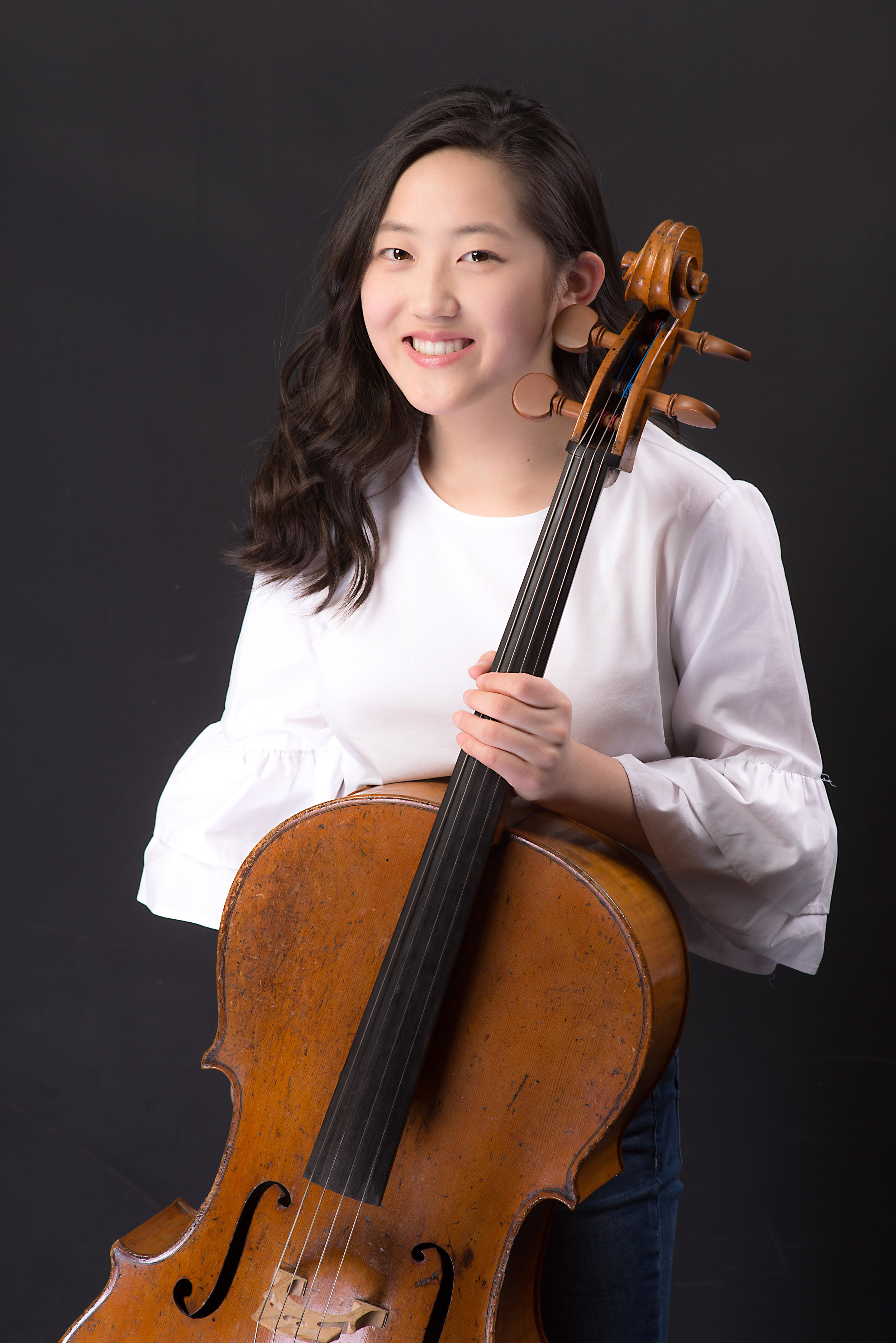 1st Prize    Chelsie Lim , age 14, began her cello studies at age 8 and is currently studying with Clara Minhye Kim in the Pre-College division at The Juilliard School of Music. She is the first prize winner of numerous competitions, including the New York International Music Competition (2014) and the YWCA of Queens New York Music Competition (2015), among others. She was the winner of the Camerata Artists International Concerto Competition (2017), as well as the Bravura Philharmonic's 10th annual Young Artists Concerto Competition (2018), both of which she was rewarded opportunities to perform with an orchestra. She was a finalist of the Monmouth Symphony Orchestra's 2017 Goldwasser Concerto Competition and received the 3rd prize. She was a semi-finalist of the International Tchaikovsky Competition for Young Musicians in Astana, Kazakhstan (2017). Chelsie was a principal cellist of the Pre-College Symphony (2018), and was recently accepted into the Perlman Music Program for the summer of 2019.