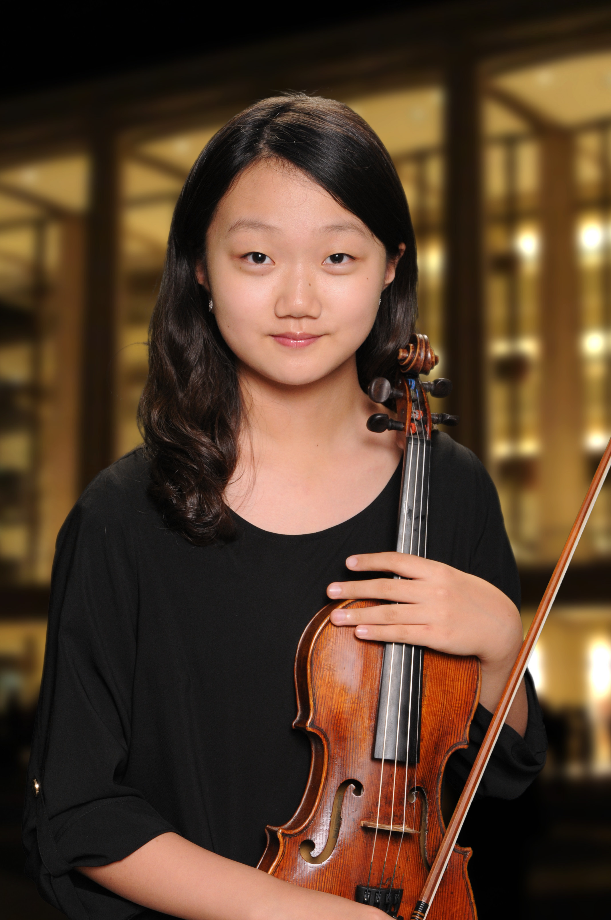 2nd Prize    Serin Isabelle Park  is a fifth year student at Juilliard Pre-college studying with Catherine Cho. Born in NYC, Serin began her violin studies at the age of five with Solim Shin. Serin has performed in prestigious halls throughout New York, Virginia, Philadelphia, Germany and Switzerland. Solo appearances include performances with Allentown Symphony Orchestra with conductor Diane Wittry, Orchestra of Camerata, and Concert Festival Orchestra. As winner of Juilliard Pre-college concerto competition, she performed as soloist with Precollege String Ensemble with conductor Radu Paponiu. She also had Masterclass with Ilya Gringolts in Geneva. Recipient of the United States President's Award for Academic Excellence, Serin is 9th grader who enjoys reading in her free time.