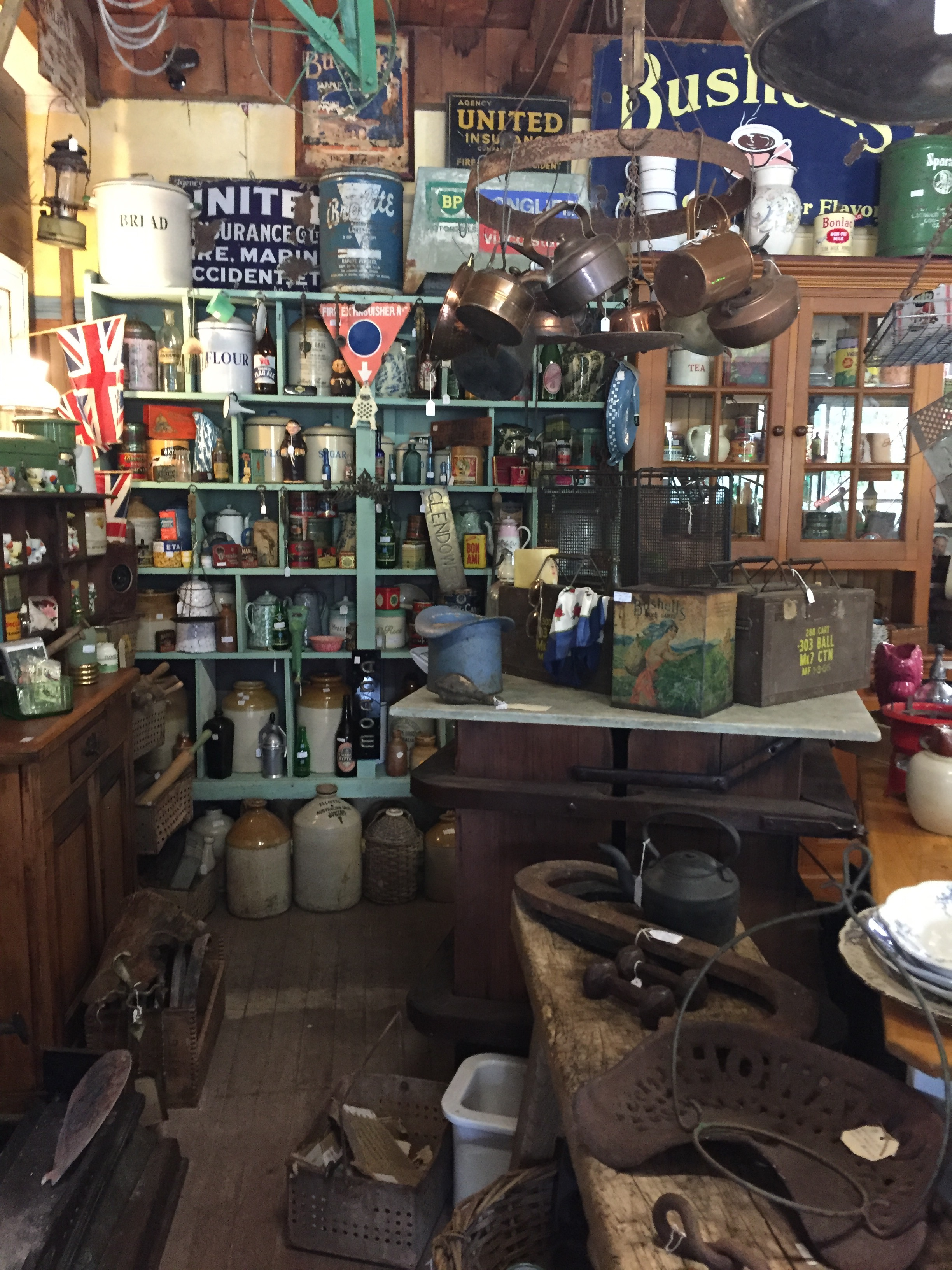 Hazelbrook Cottage Antiques