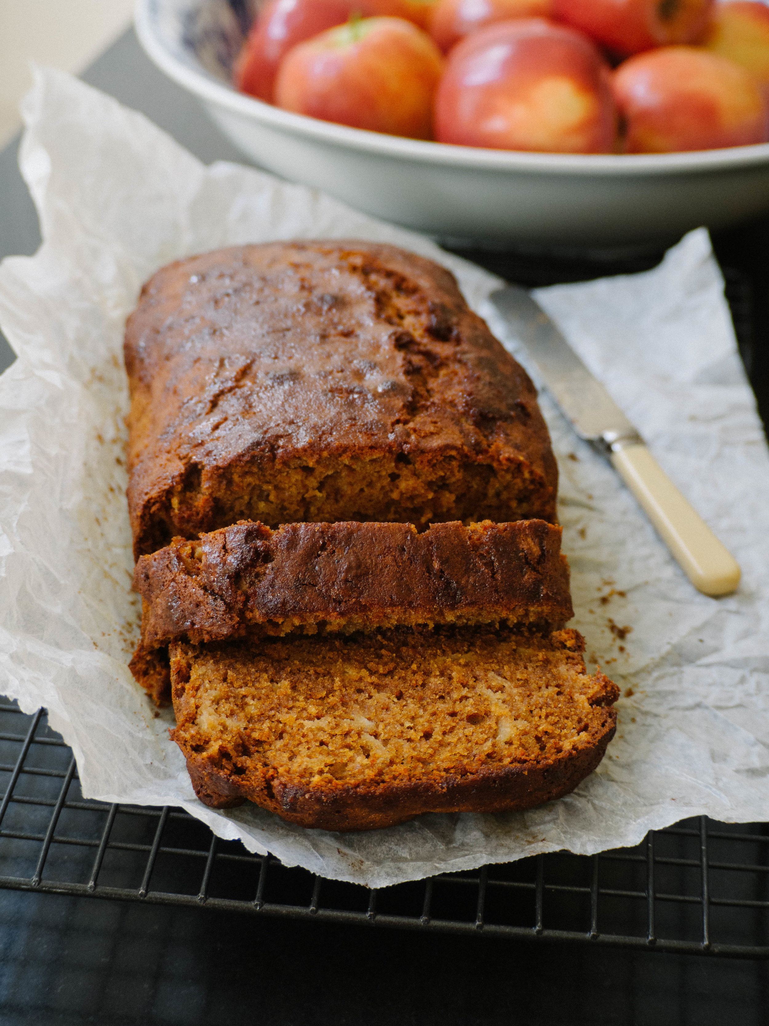 Rosh Hashanah Apple & Honey Cake
