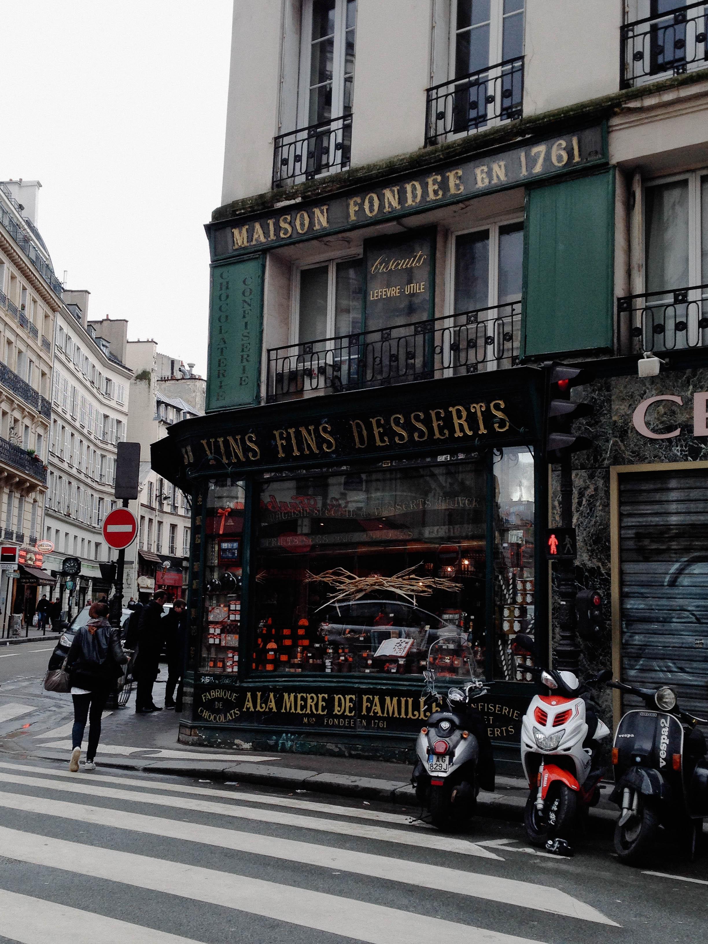 À La Mère de Famille, Paris