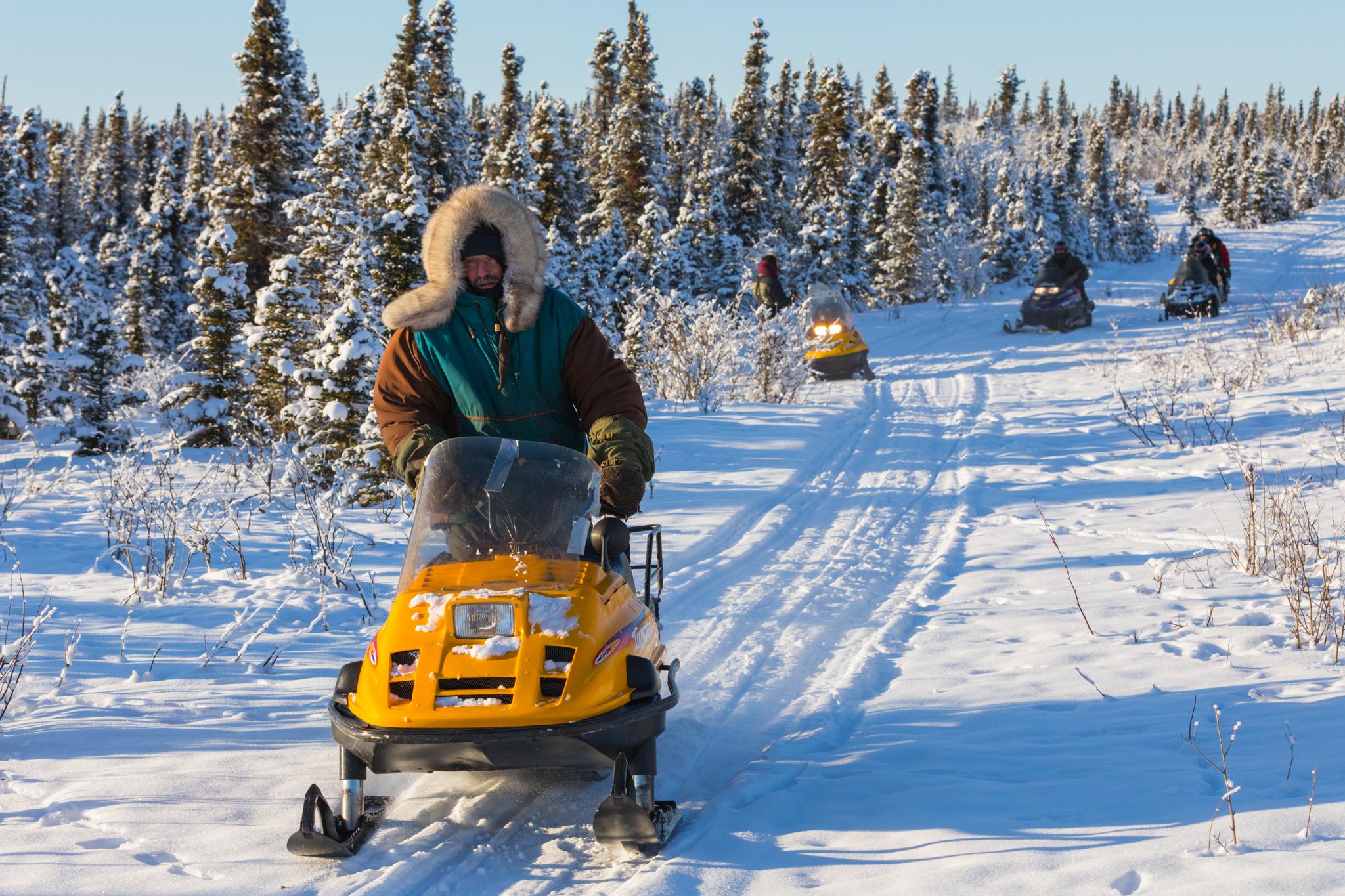 tourist snowmobile 1.jpg