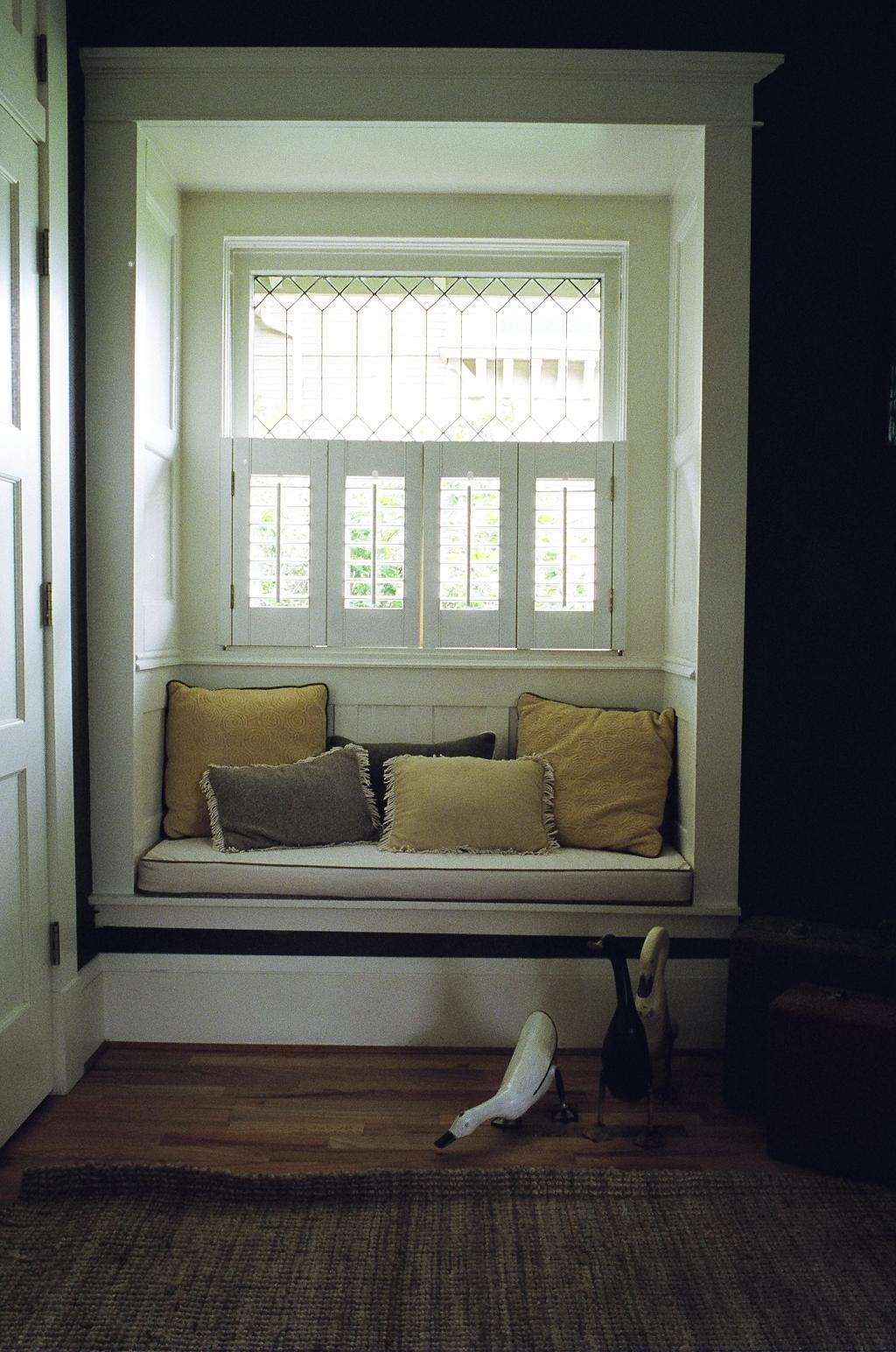 9Capitol Hill window seat.jpg