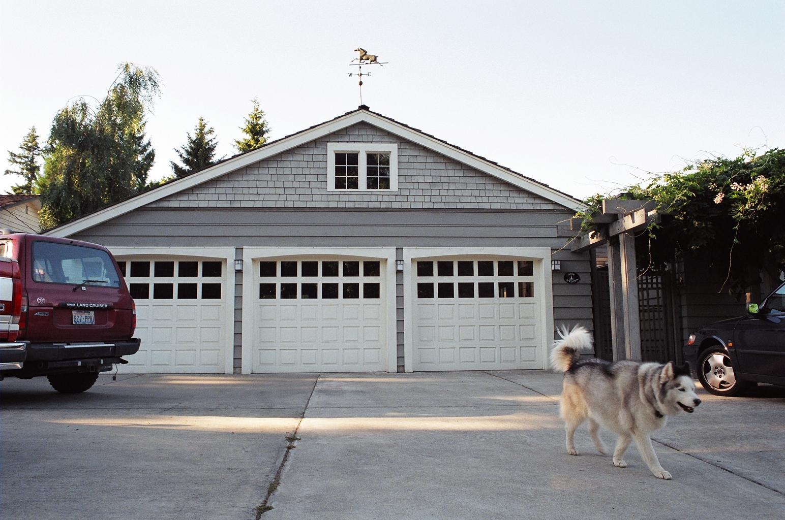 8Medina garage.jpg