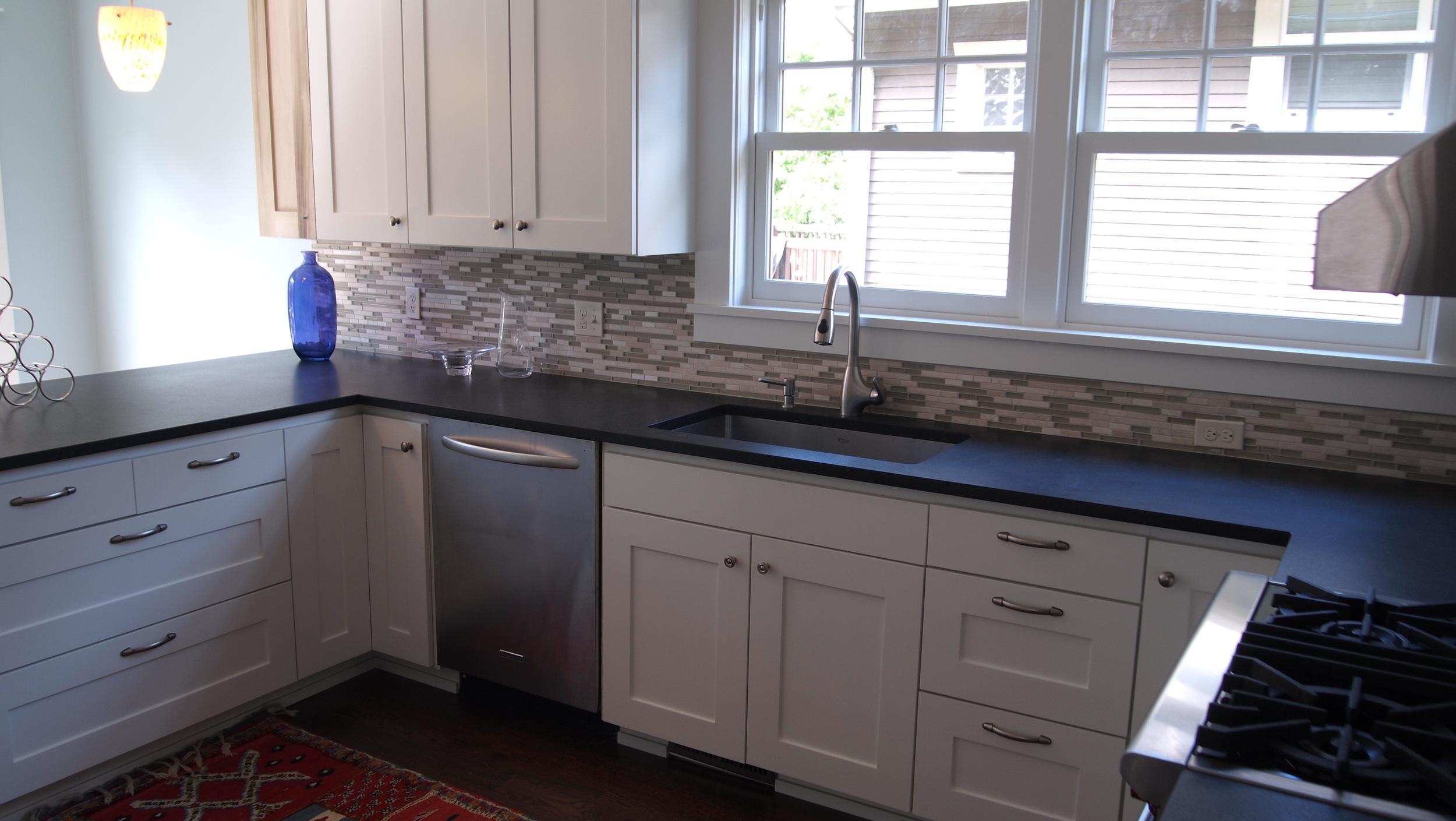 14Ballard kitchen 12.jpg