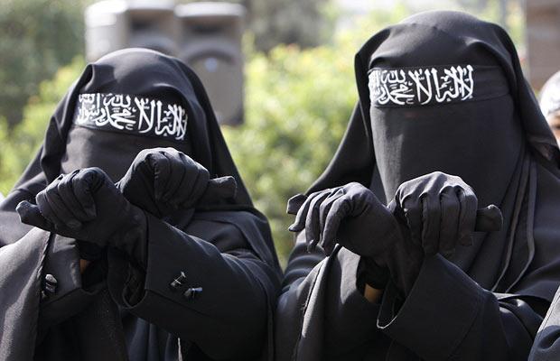 muslim-women_1013317i.jpg