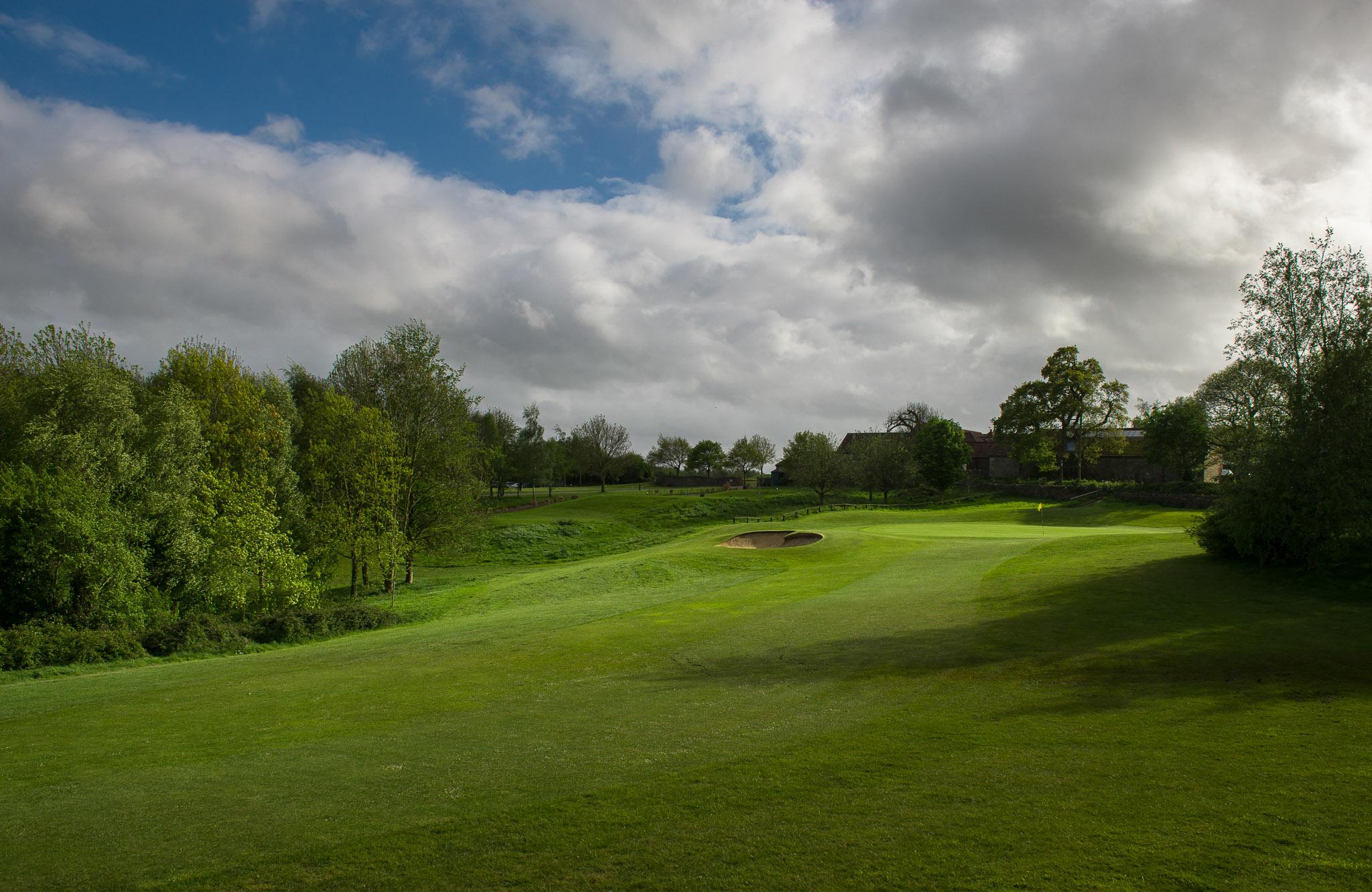 BGL_Thornbury_GolfCourse_AndyHiseman_72dpi_EmailWeb-4.jpg
