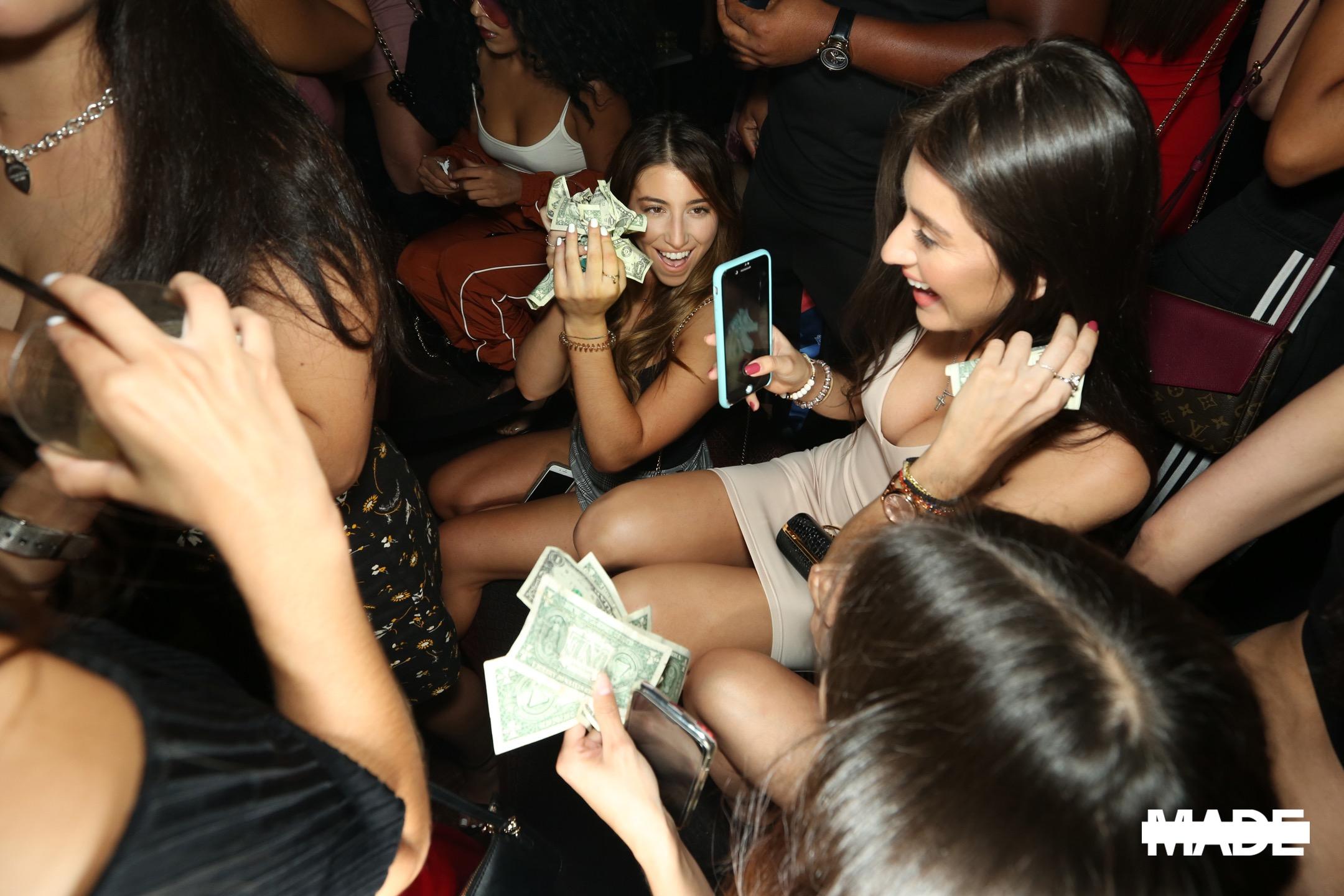 entree fridays at poppy nightclub (7).jpg