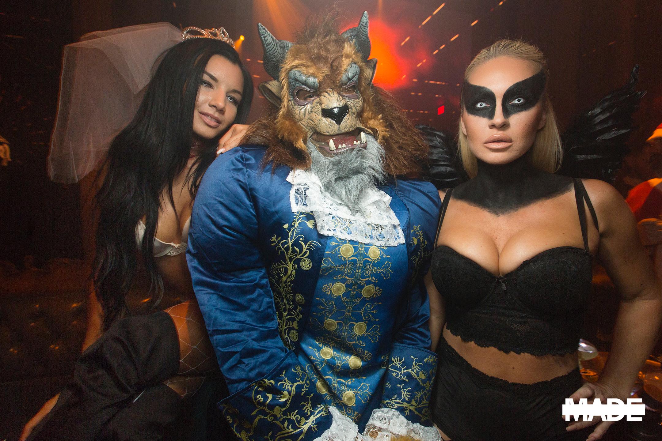 halloween at avenue nightclub (7).jpg