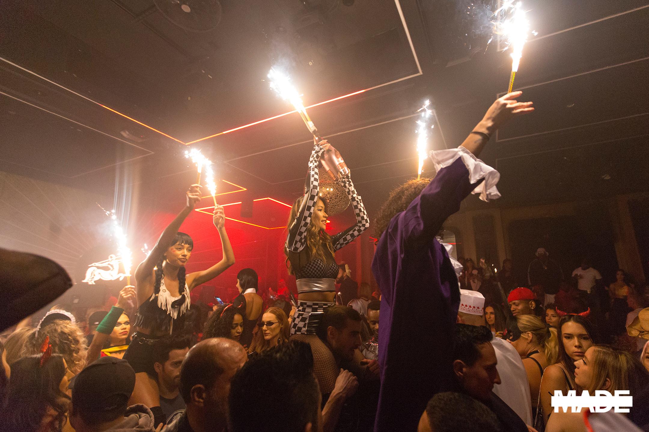 halloween at avenue nightclub (9).jpg