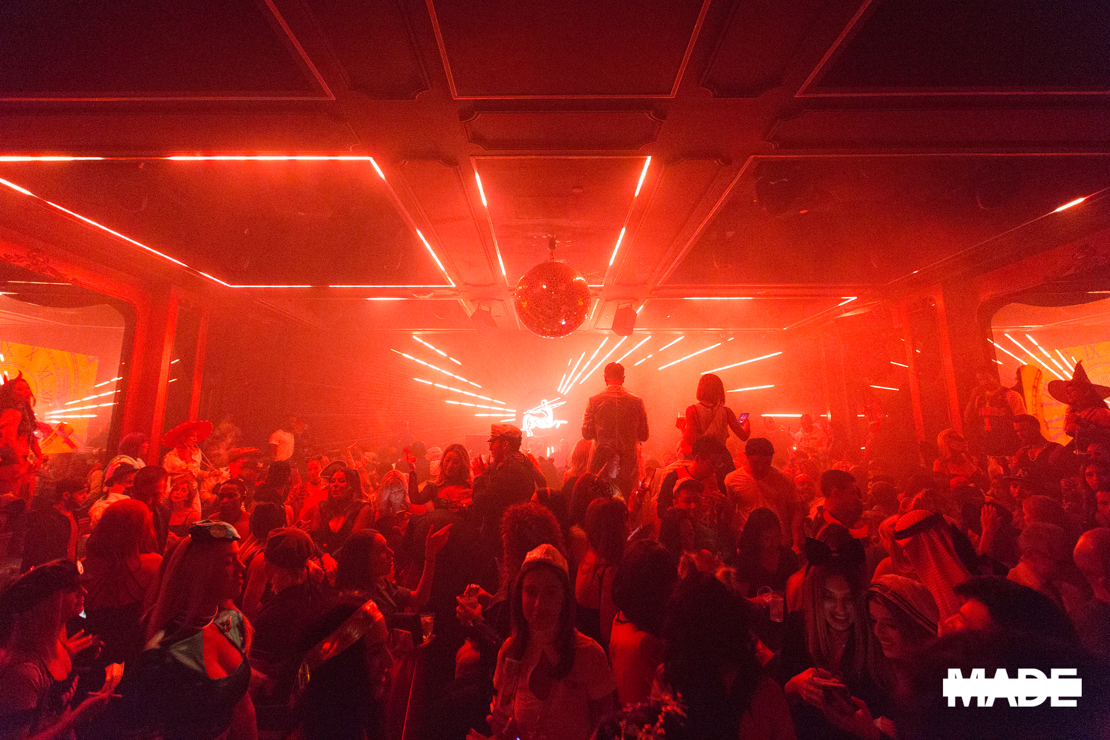 halloween at avenue nightclub (16).jpg